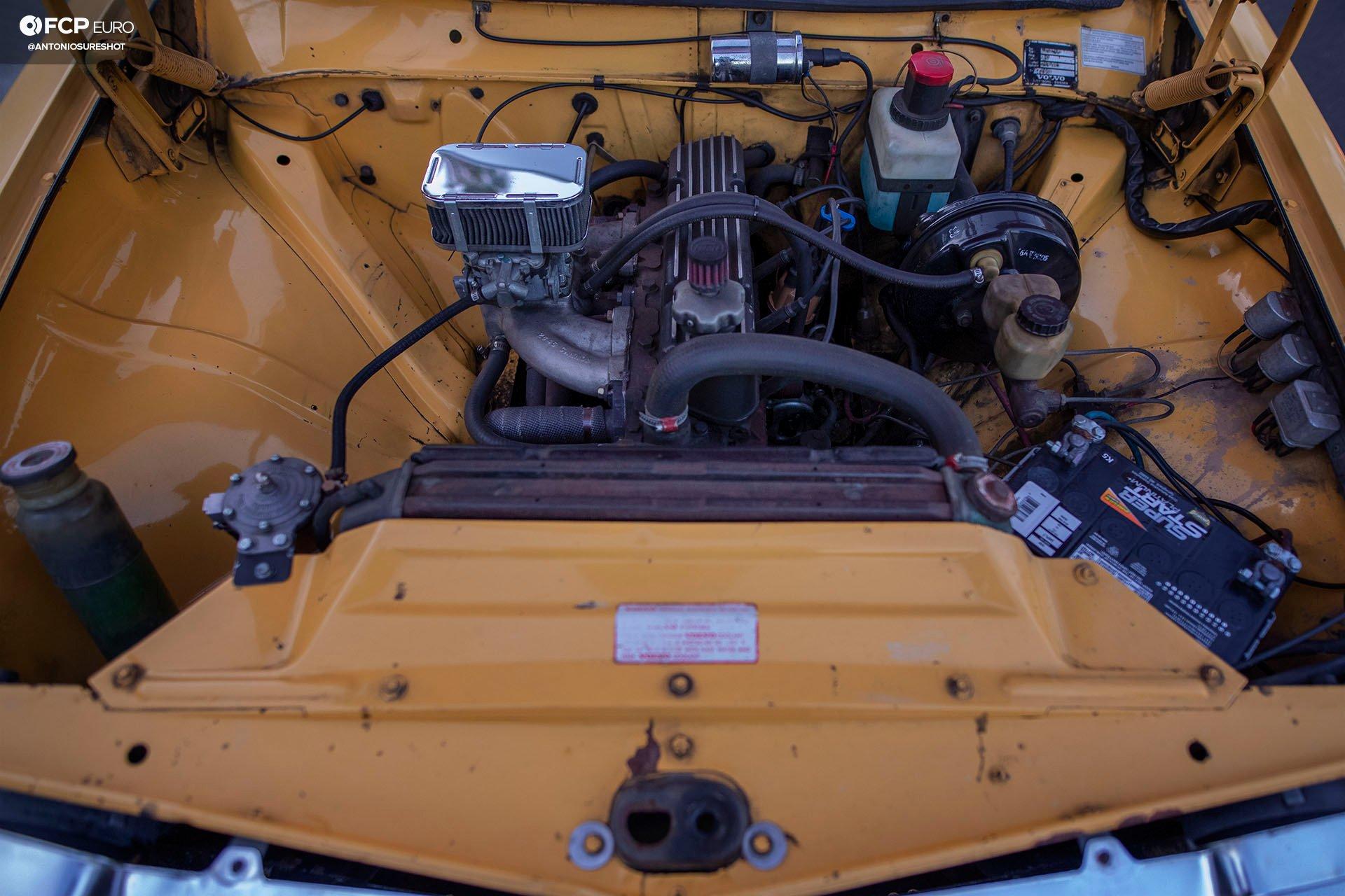 1972 Volvo 142S 1DX26715 crop