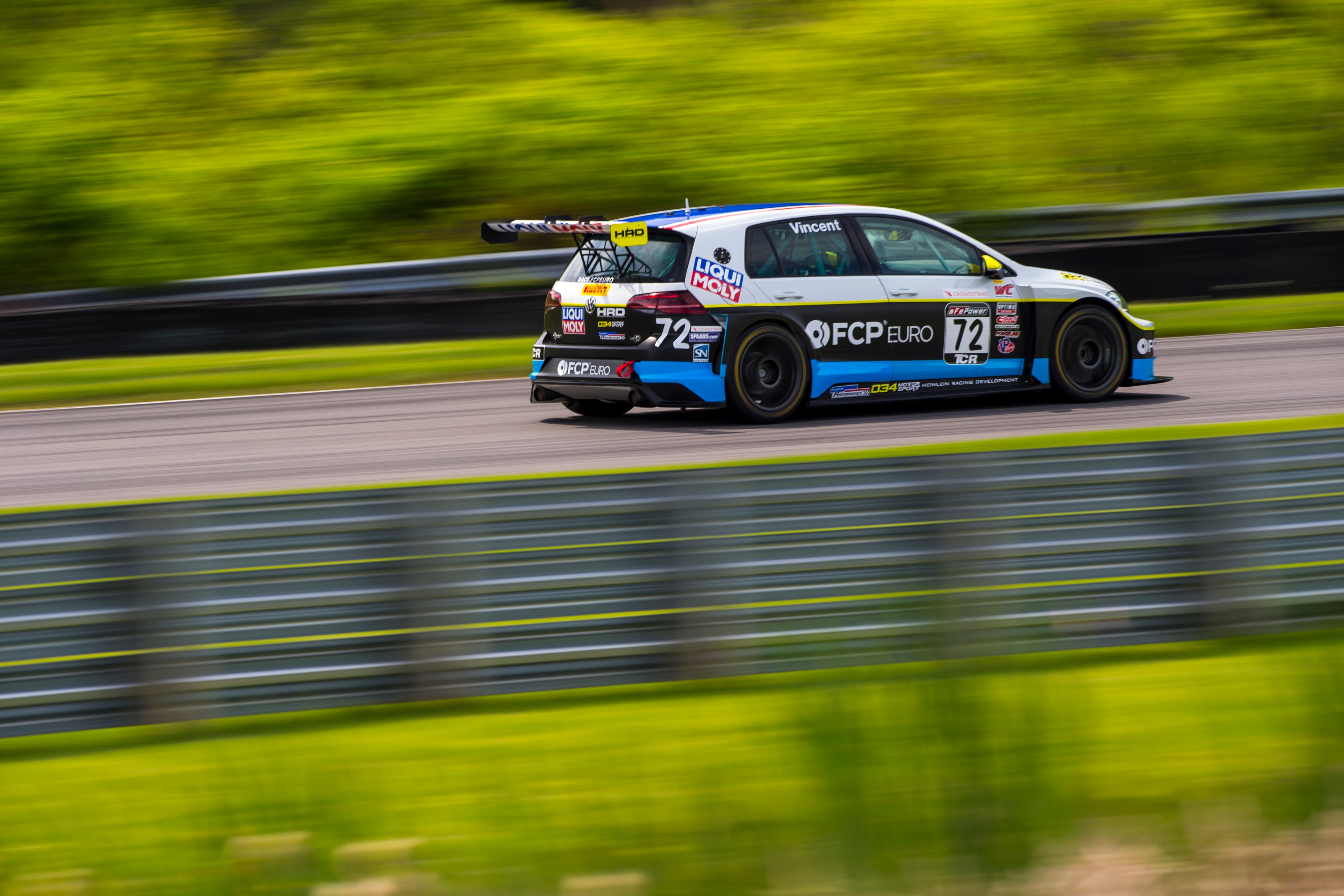 2018-Volkswagen-GTI-TCR-LRP-4