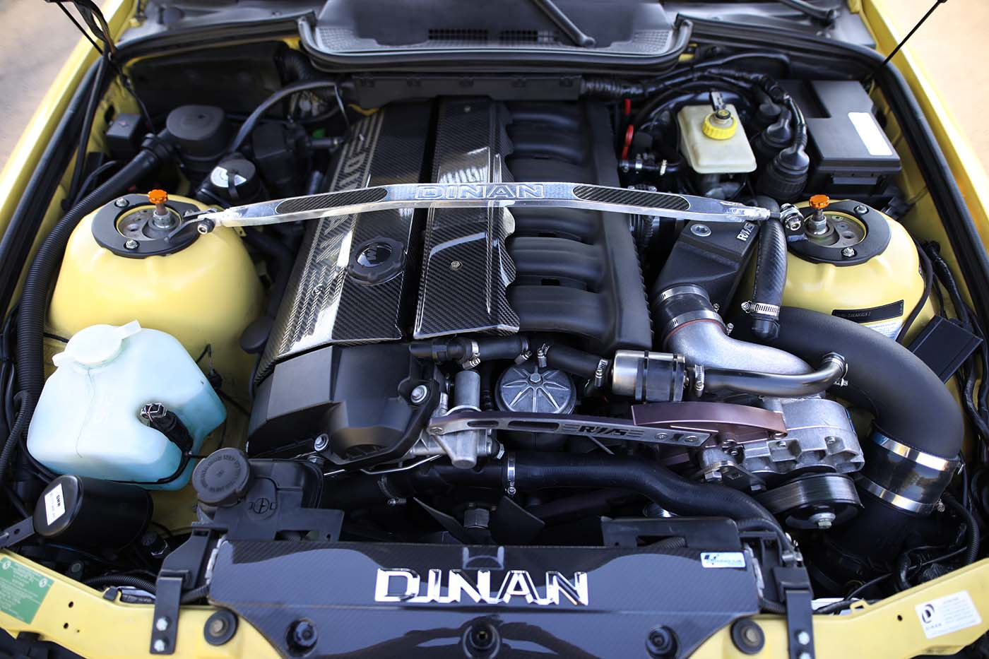 Dinani S52 supercharger RMS bracket