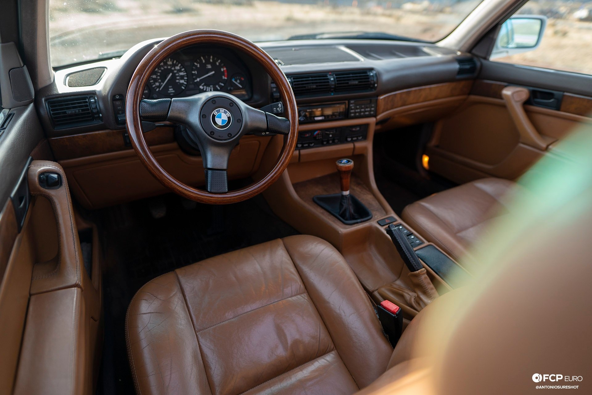 BMW E32 750iL 6 speed A9A02526