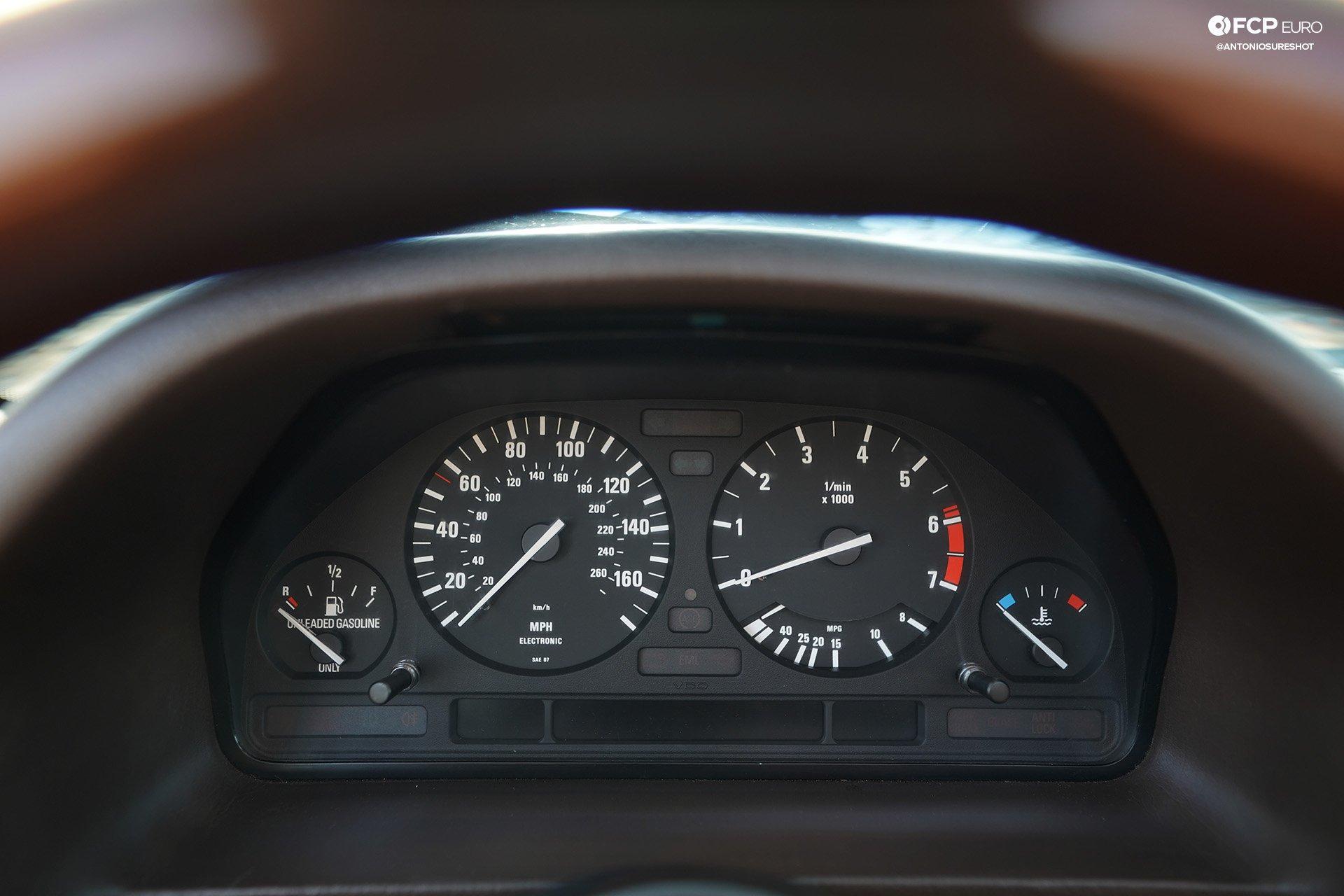 BMW E32 750iL 6 speed A9A02531