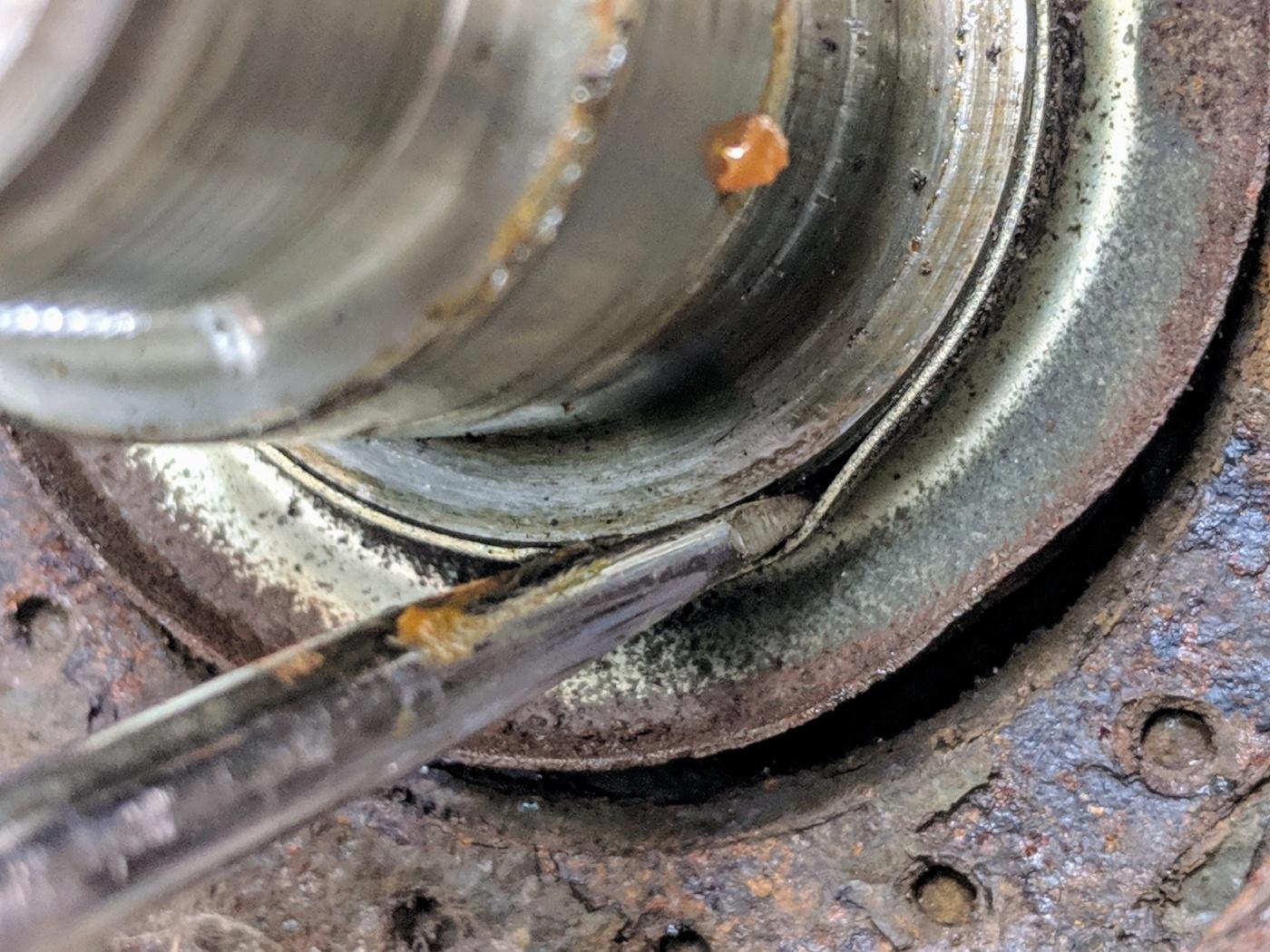 BMW E36 wheel bearing hub inner dust cap removal