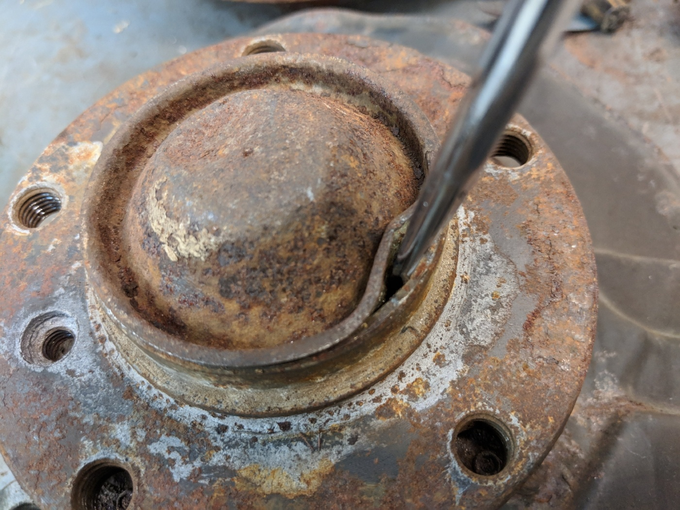 E36 wheel hub dust cap