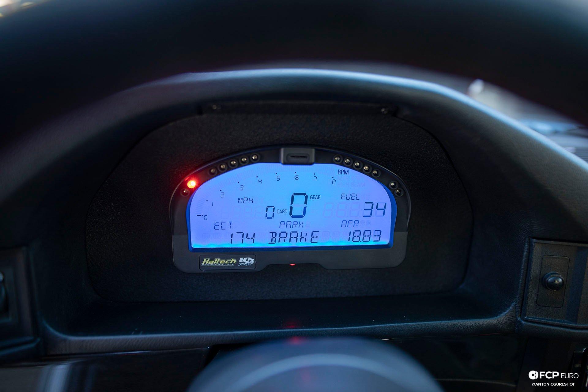 E34 BMW 540i M-Sport Haltech IQ3