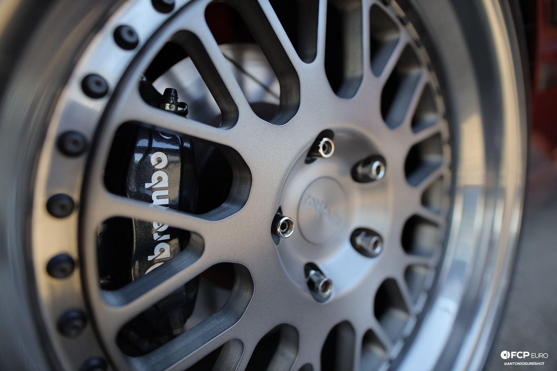 E34 BMW 540i M-Sport Rotiform Brembo Stoptech Hawk Performance