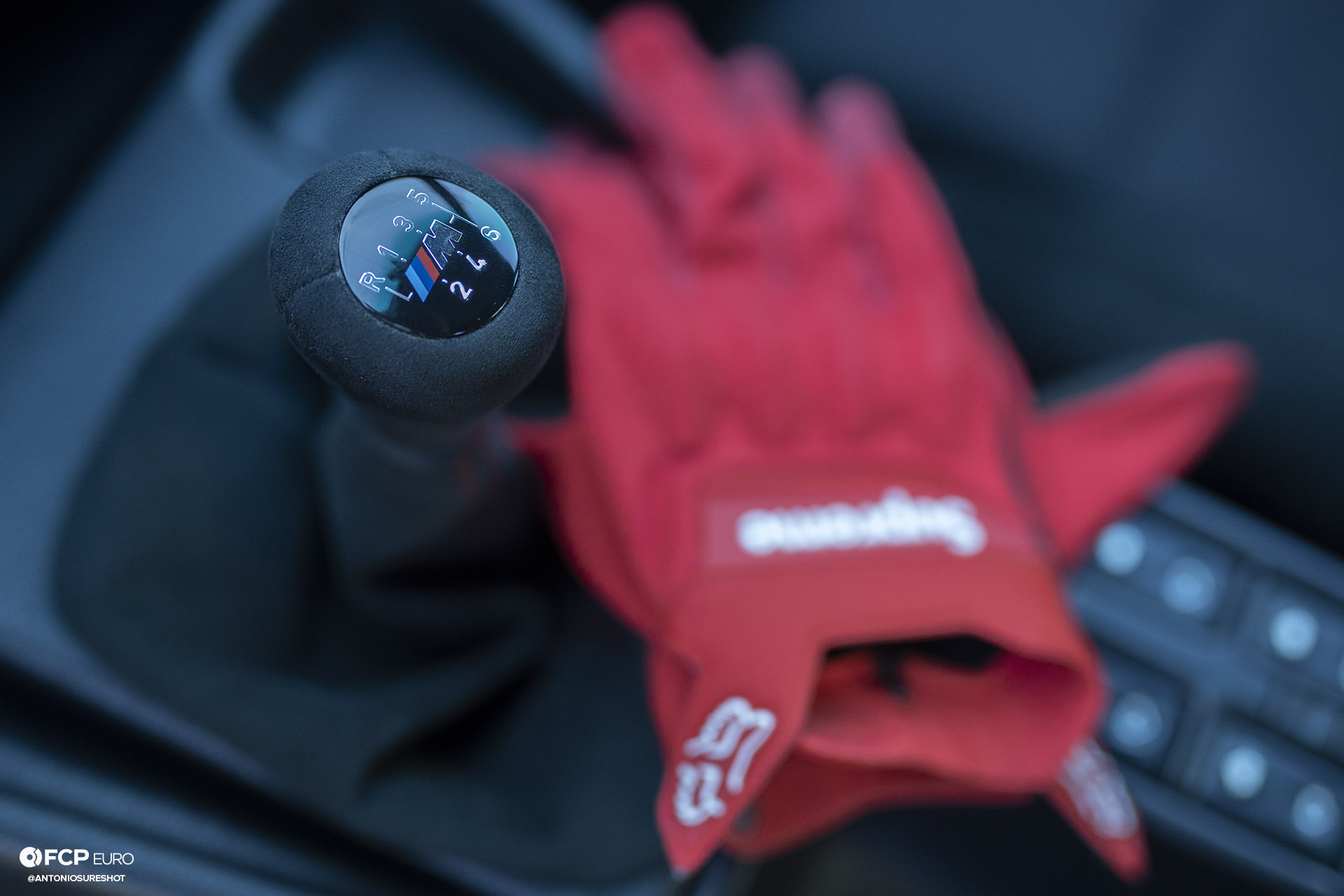 E34 BMW 540i M-Sport Supreme x Fox Racing