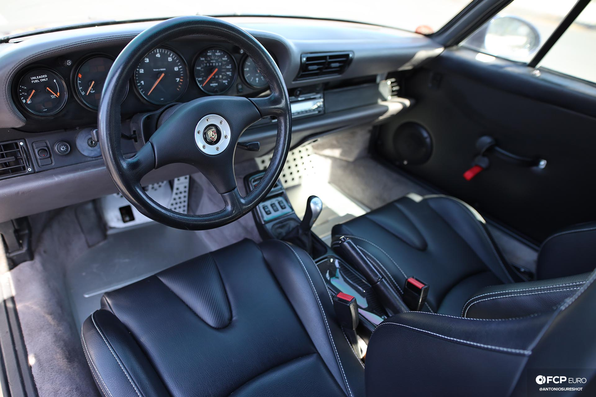 1996 Porsche 911 Carrera 993 RWB interior