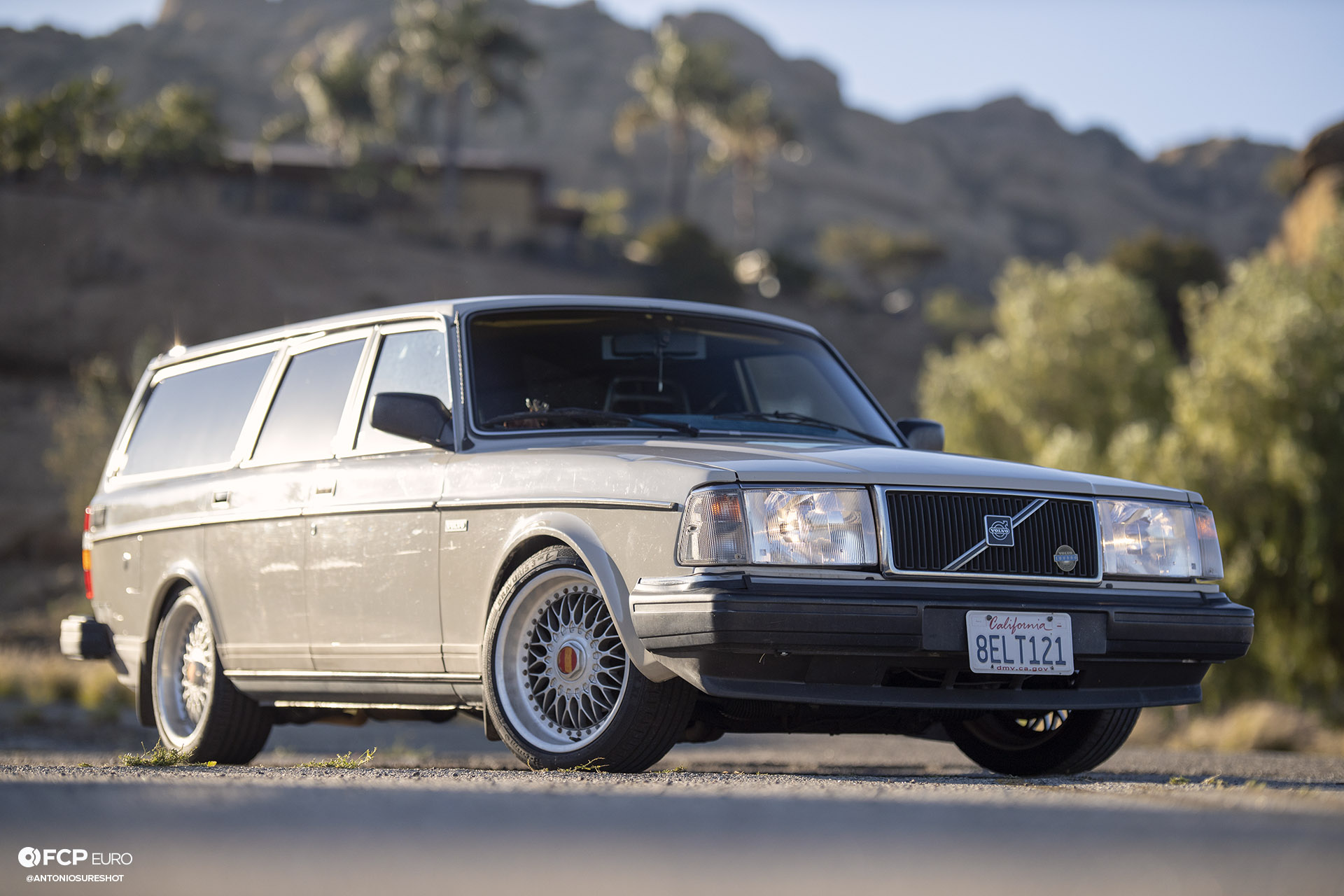 Volvo 245 Wagon Front 3/4