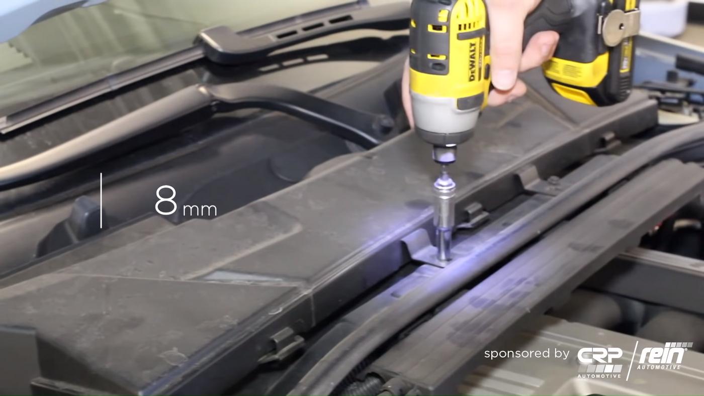 BMW E90 Cowl Removal
