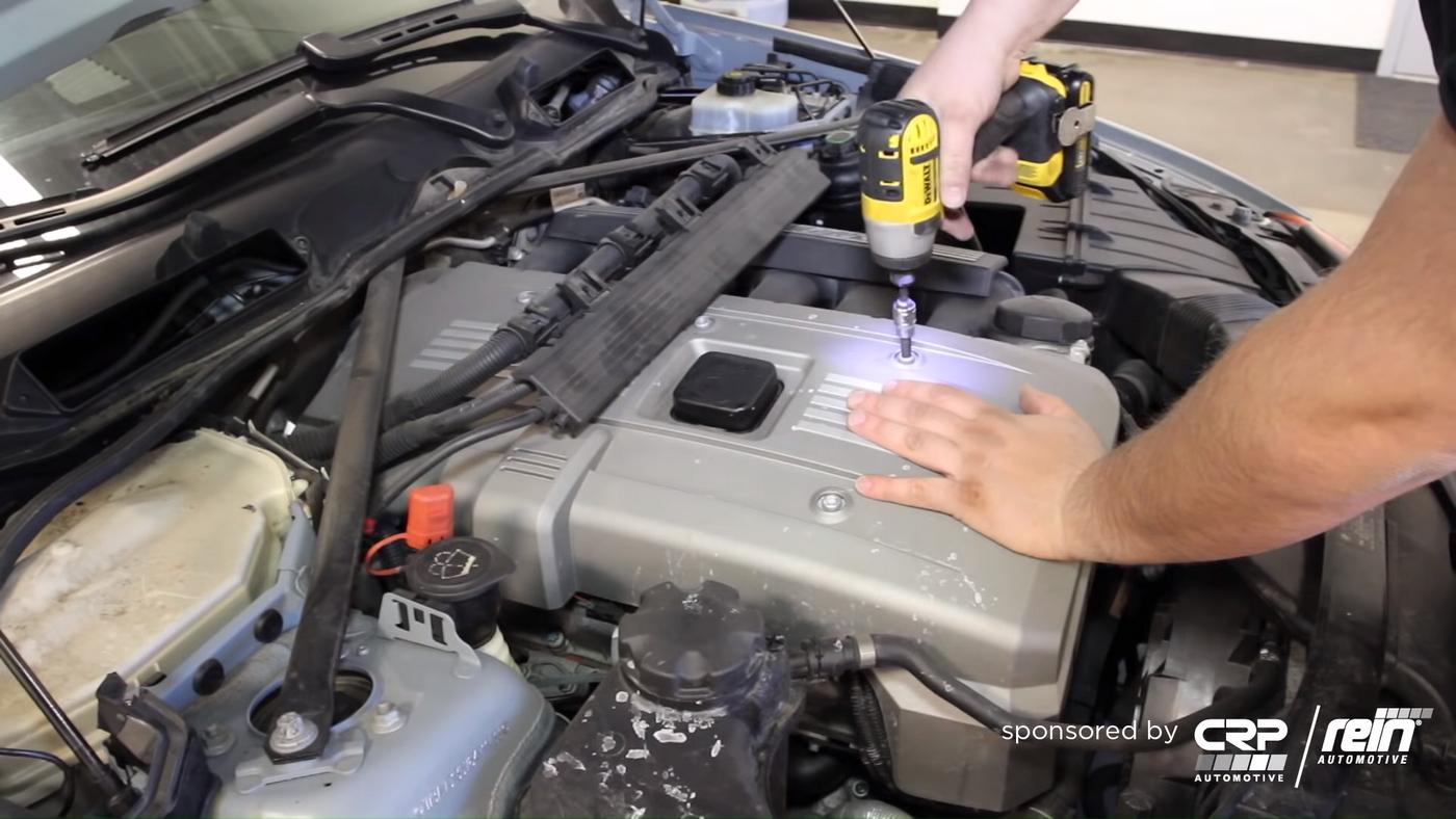 BMW E90 Cowl Removal 4