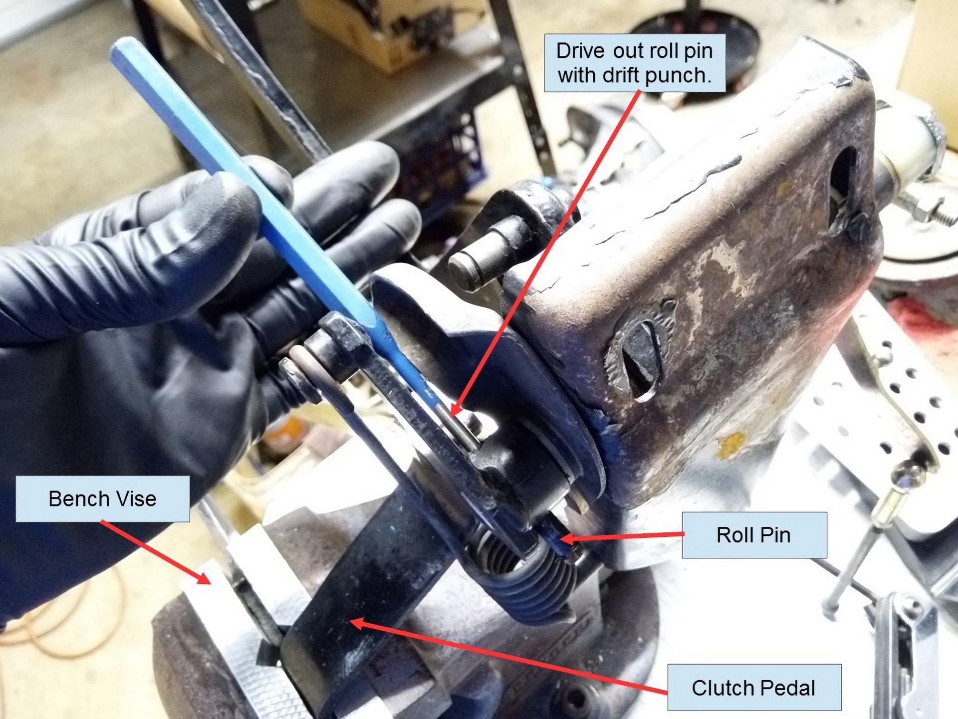 Porsche 911 Pedal Cluster Rebuild 11