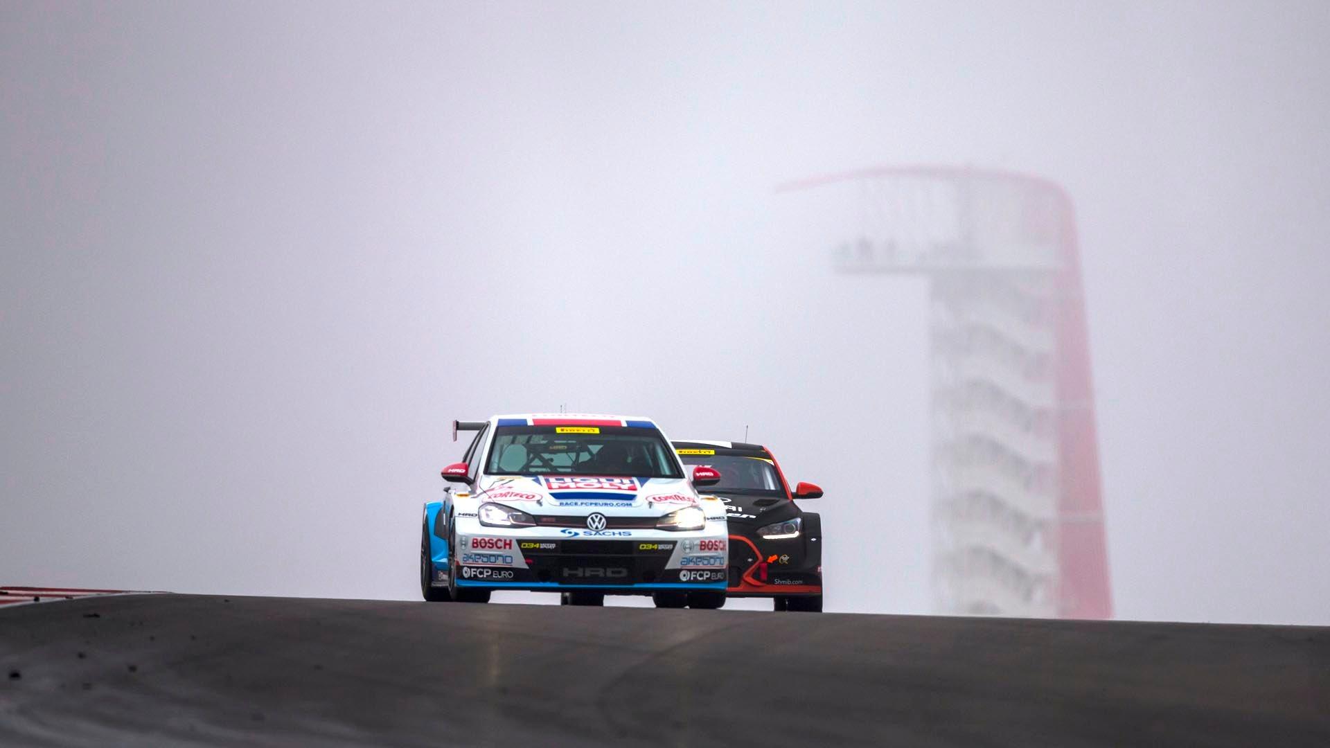 FCP Euro GTI TCR COTA Hurczyn Leading
