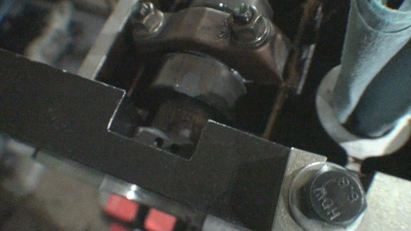 Holes on back of camshaft pointing up in cam locks