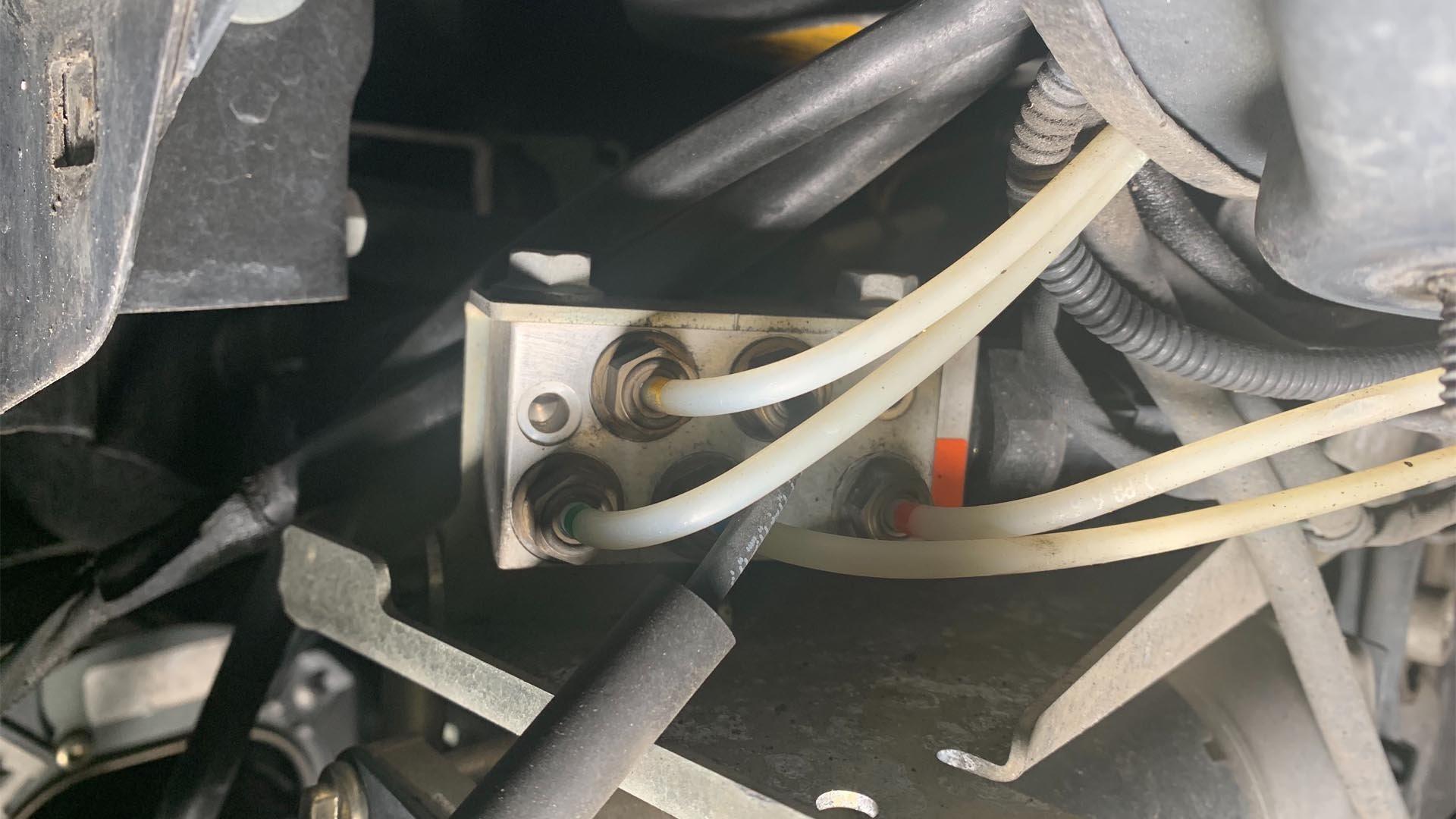 Mercedes-Benz Airmatic Suspension Valve Block Assembly