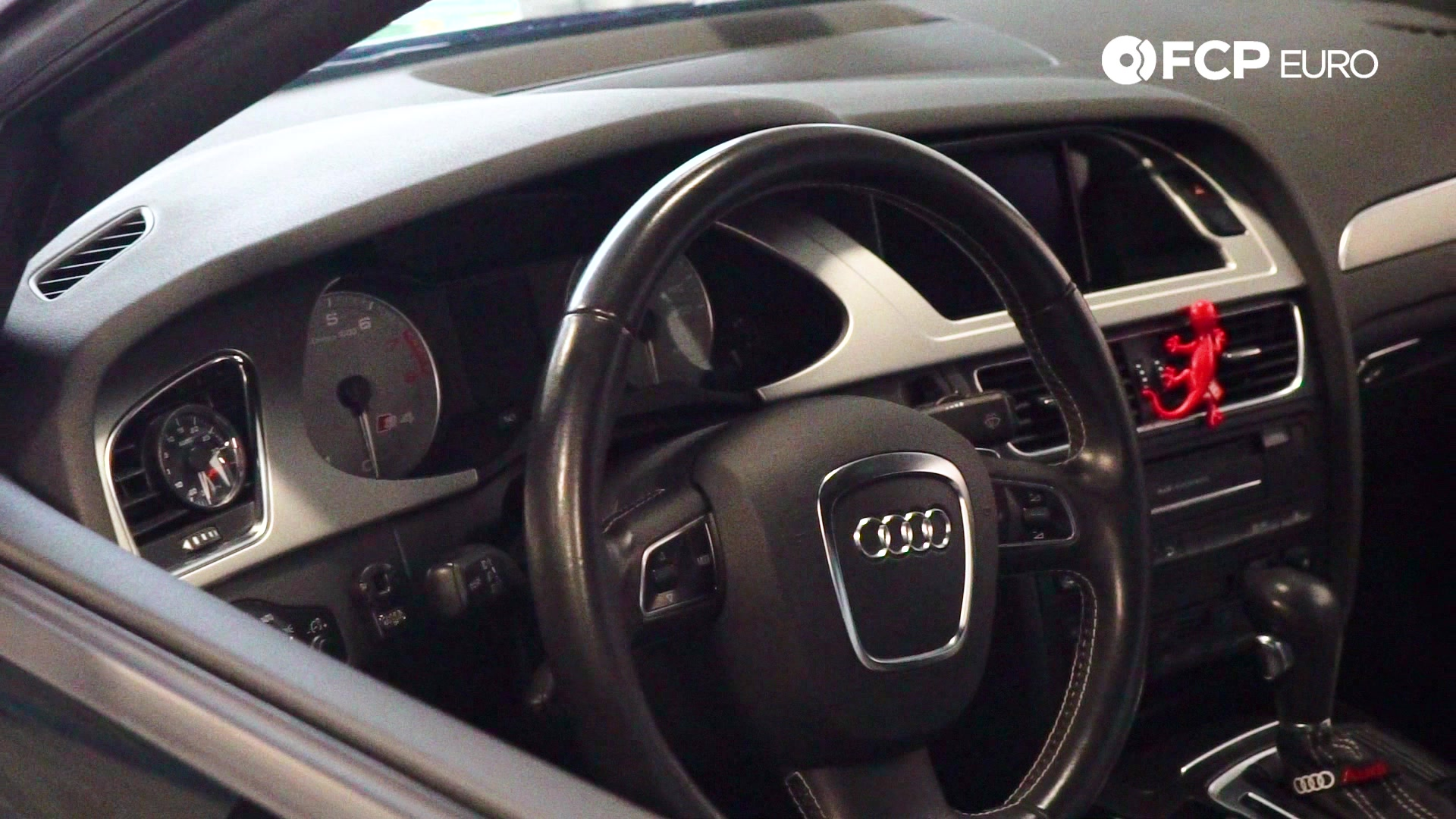 audi-b8-a4-buyers-guide-interior