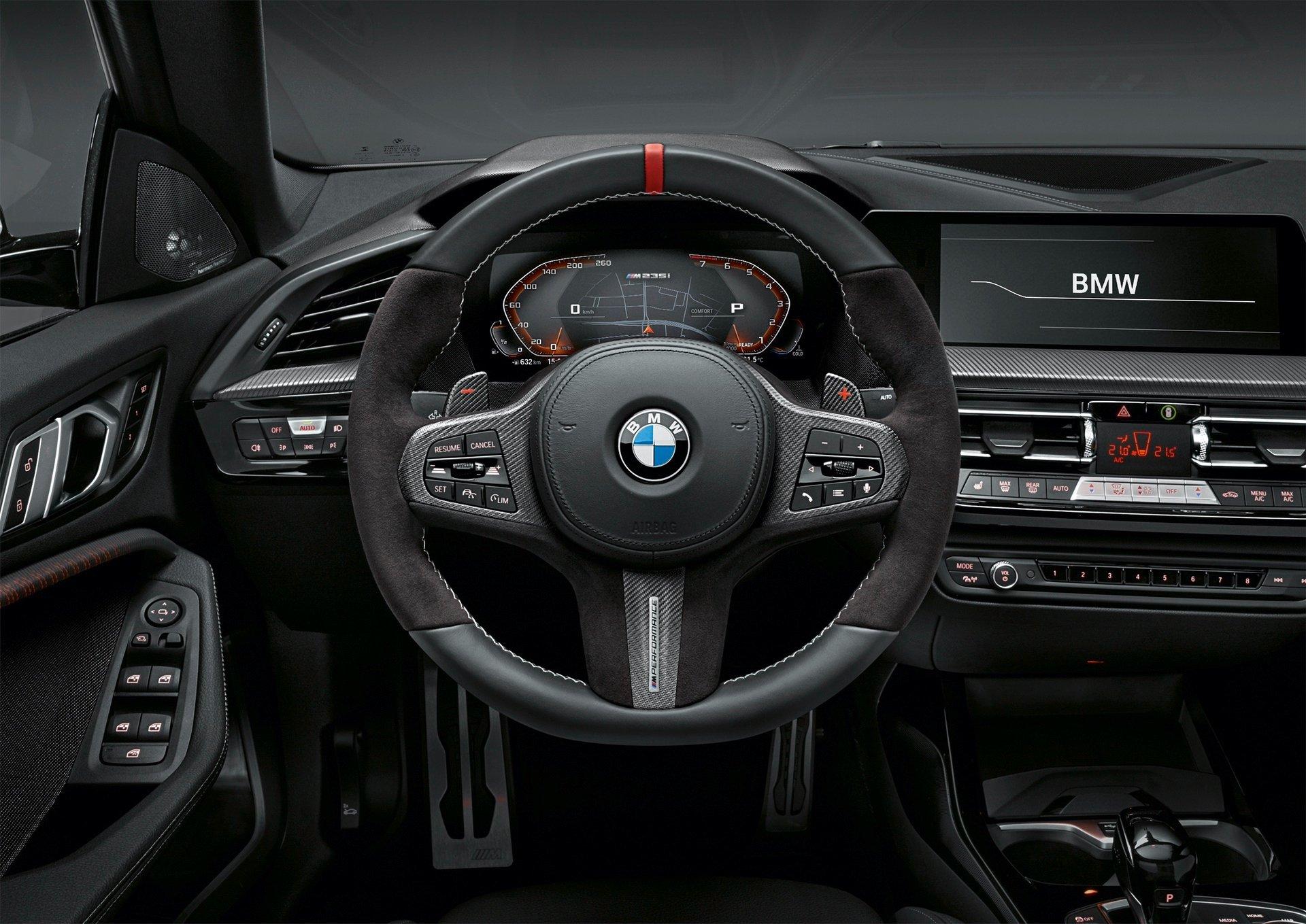 BMW M235i xDrive Gran Coupe Interior