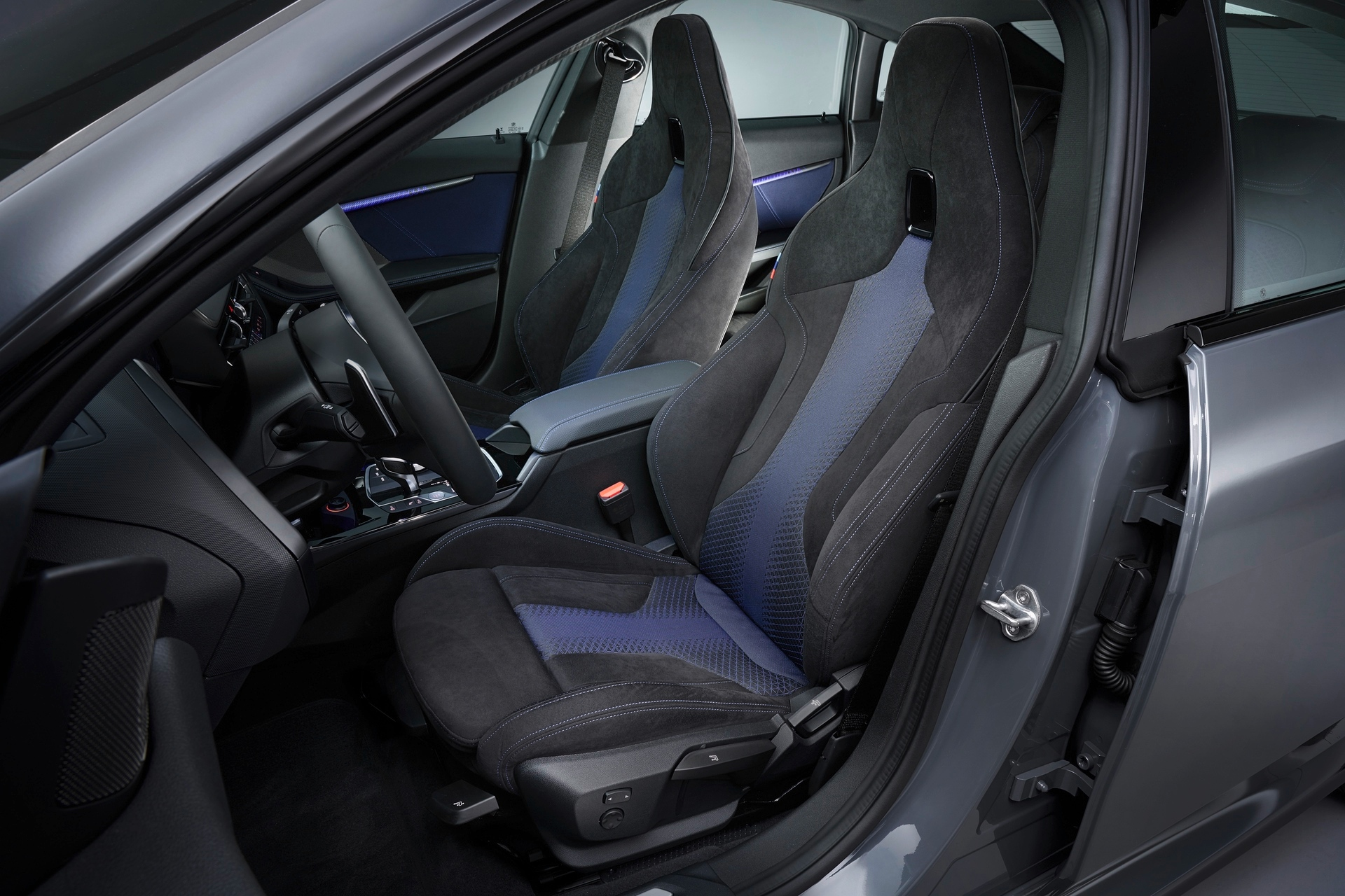 BMW M235i xDrive Gran Coupe Interior Seats