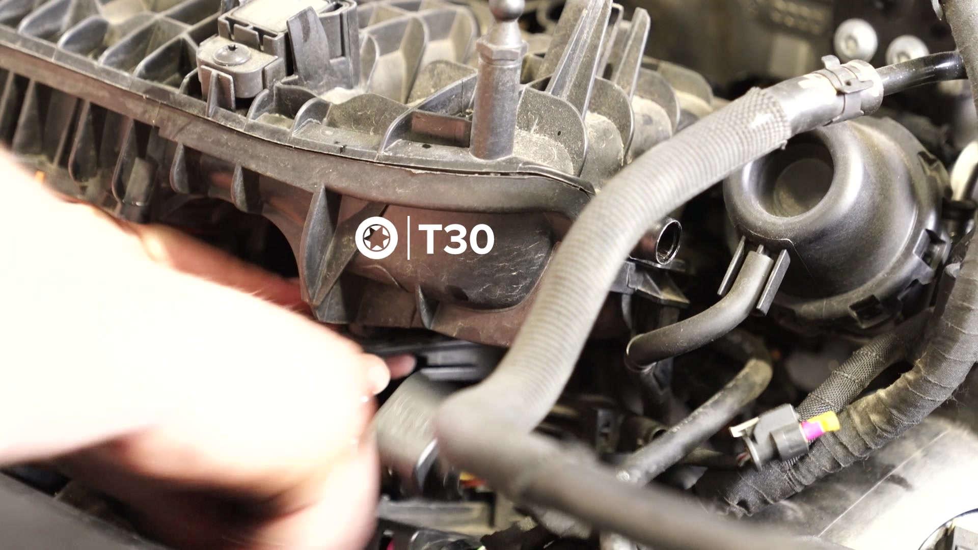 28-vw-mk7-manifold-removal-bracket-2t30
