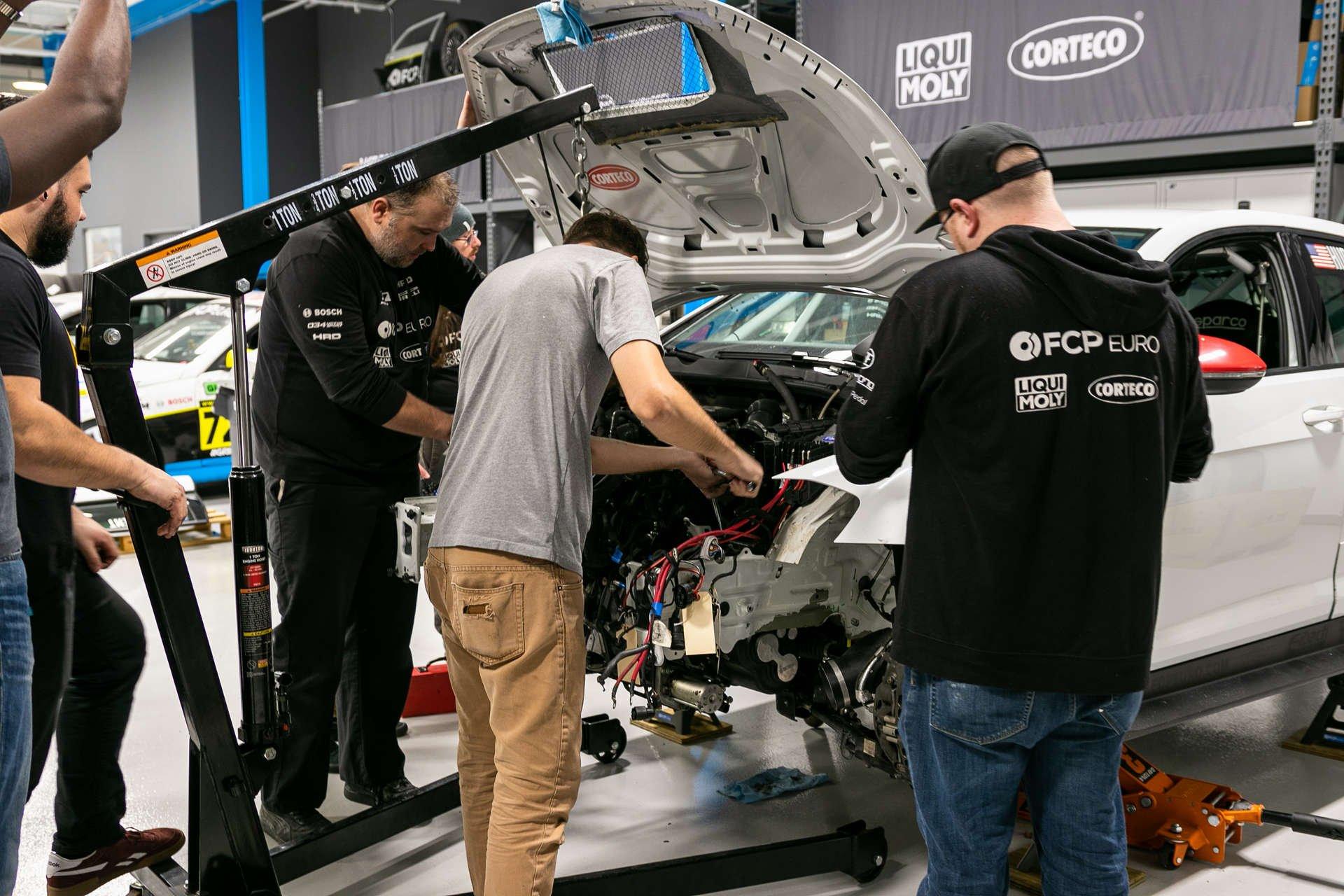motorsport-monday-ep3-engine-removal