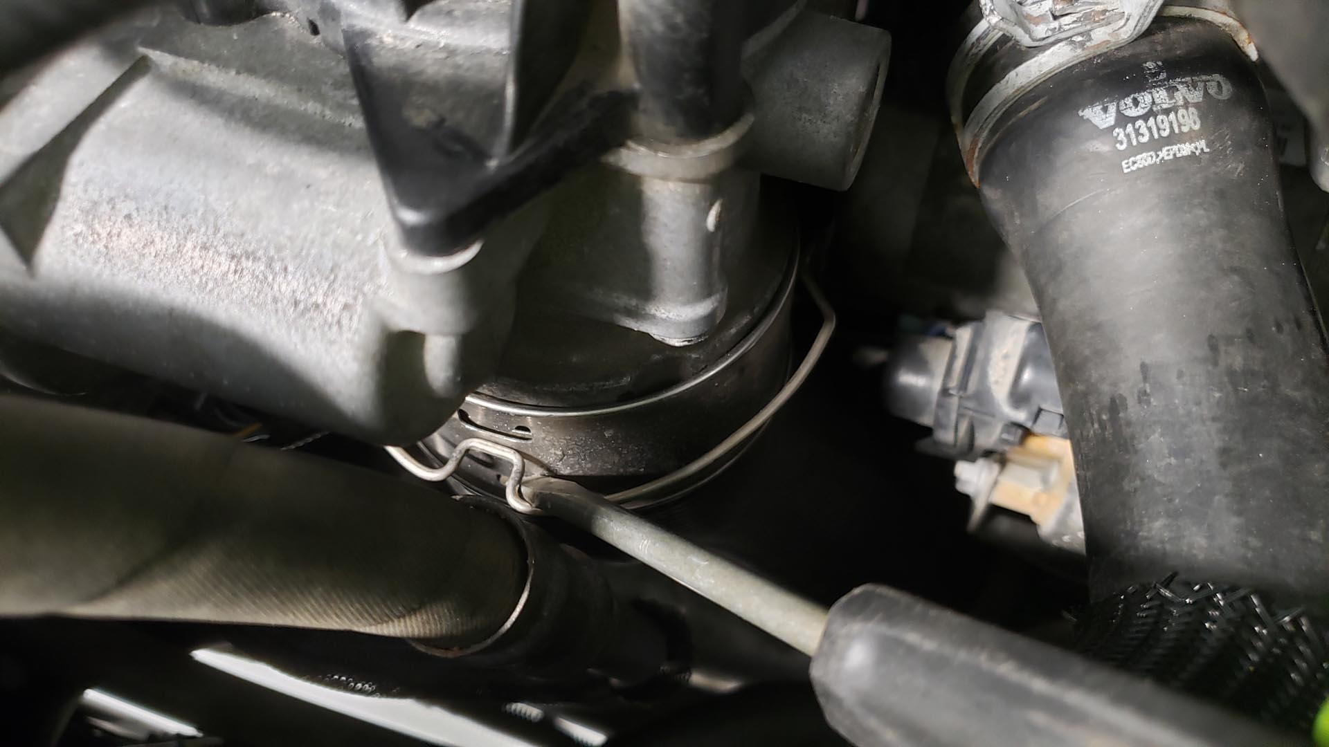 Volvo V60 P3 Water Pump Replacement Intake Clip