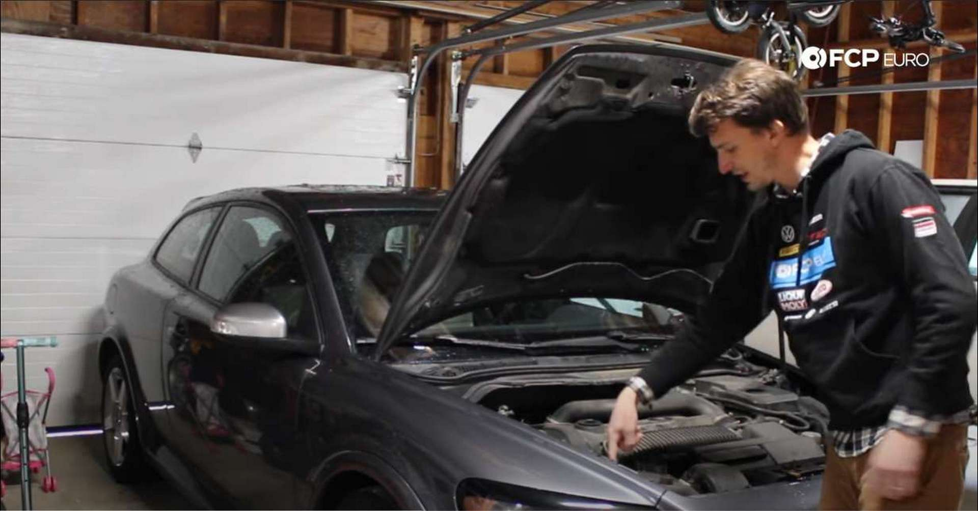 Volvo Headlight Replacement Tab location