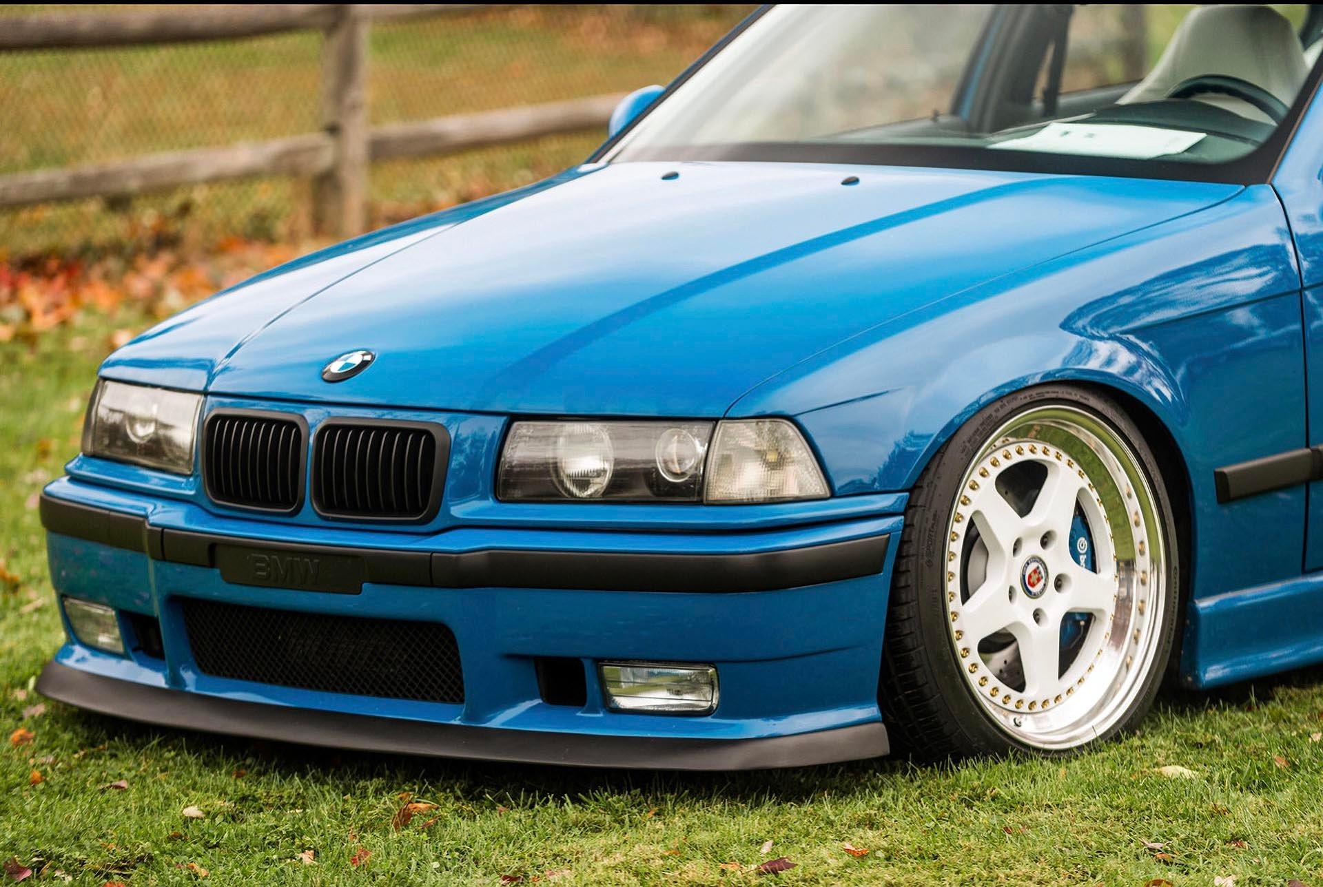 Laguna Seca Blue E36 M3 front detail