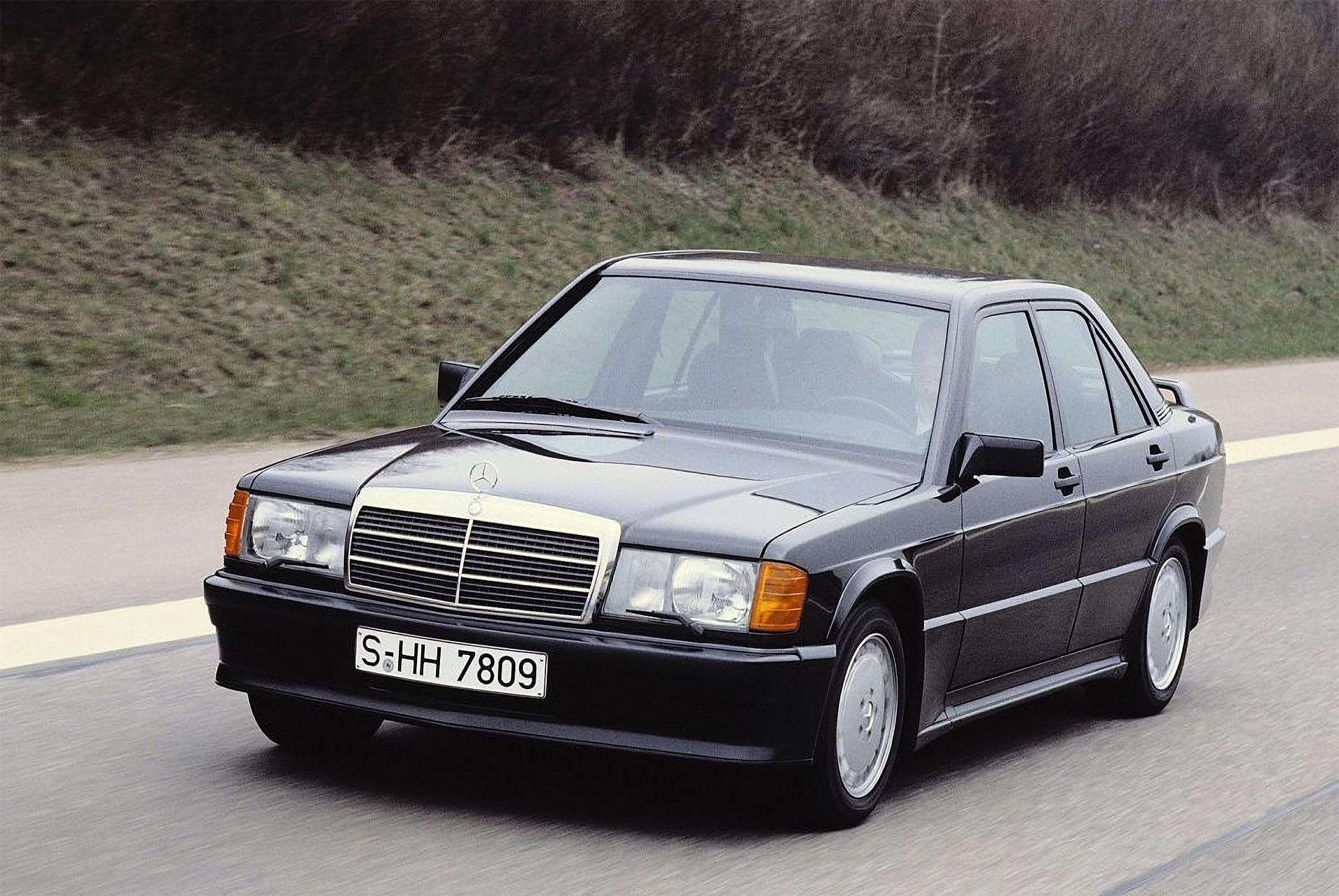 10-13_MercedesBenz190e2.3-16 front