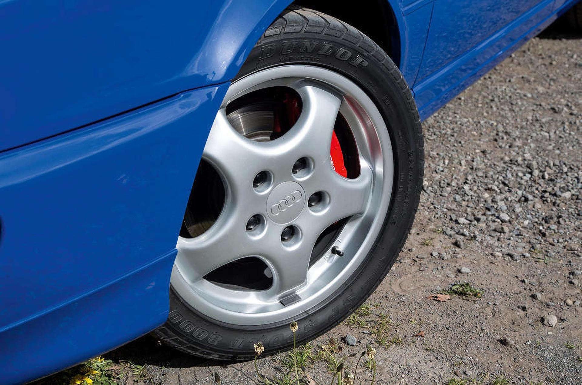 7-10_Audi RS2_Avant Porsche Cup 1 Wheel