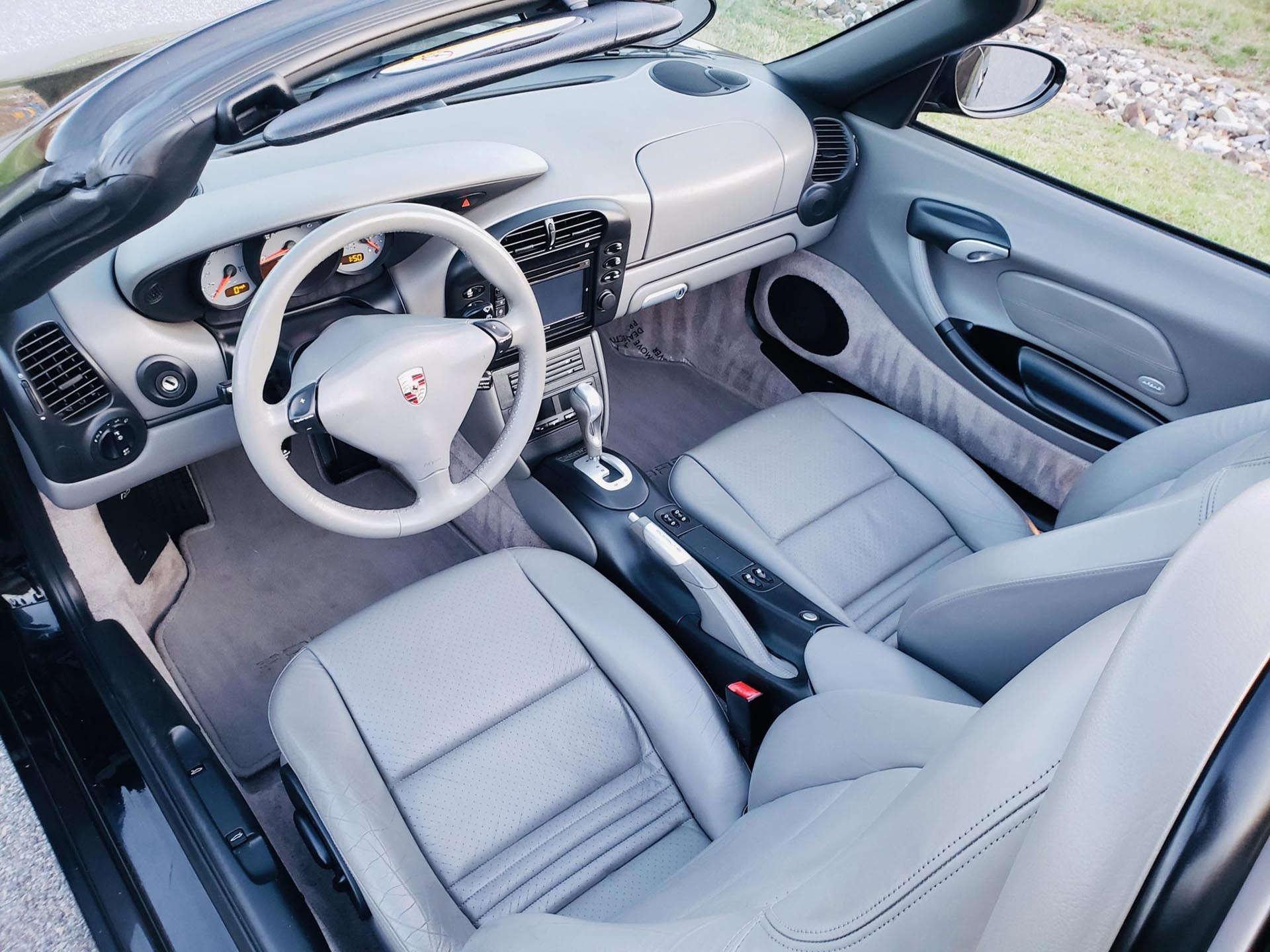 06_986 Porsche Boxster Interior
