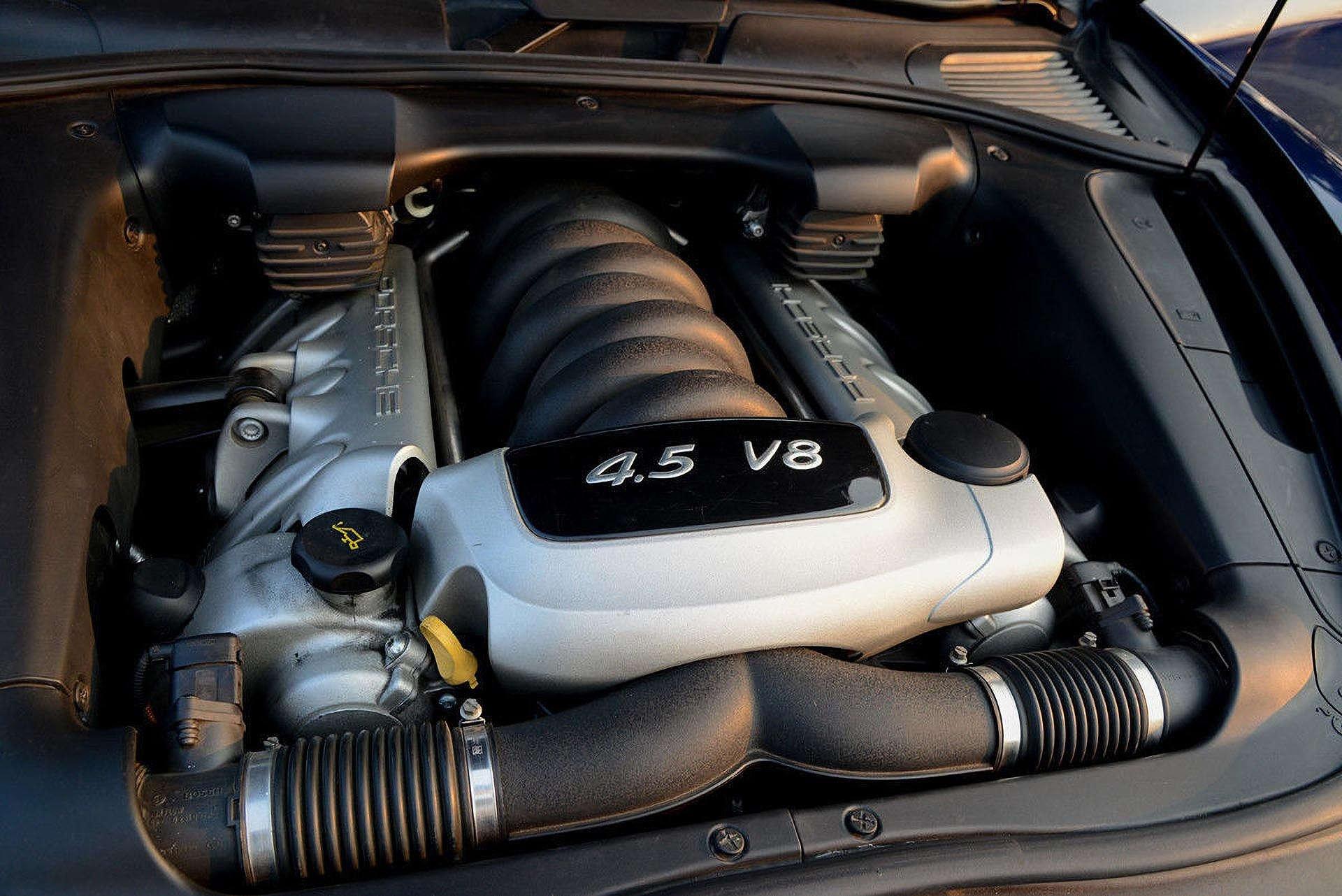 11_Porsche Cayenne S Engine