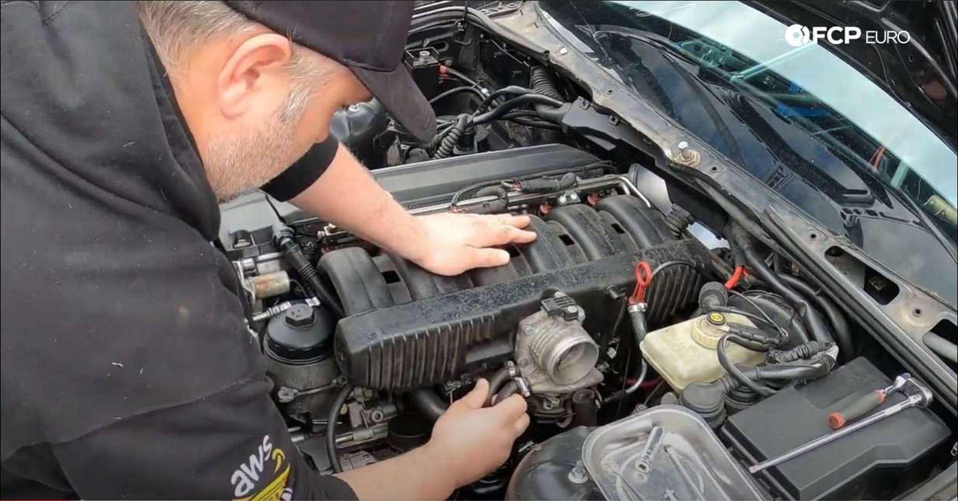 DIY BMW M50 Intake Manifold throttle body coolant lines