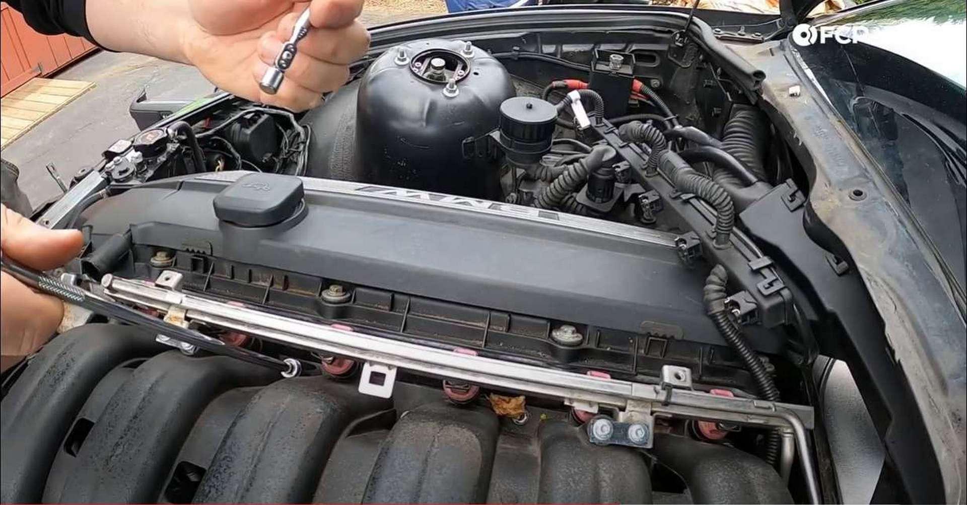 DIY BMW M50 Intake Manifold removing manifold nuts