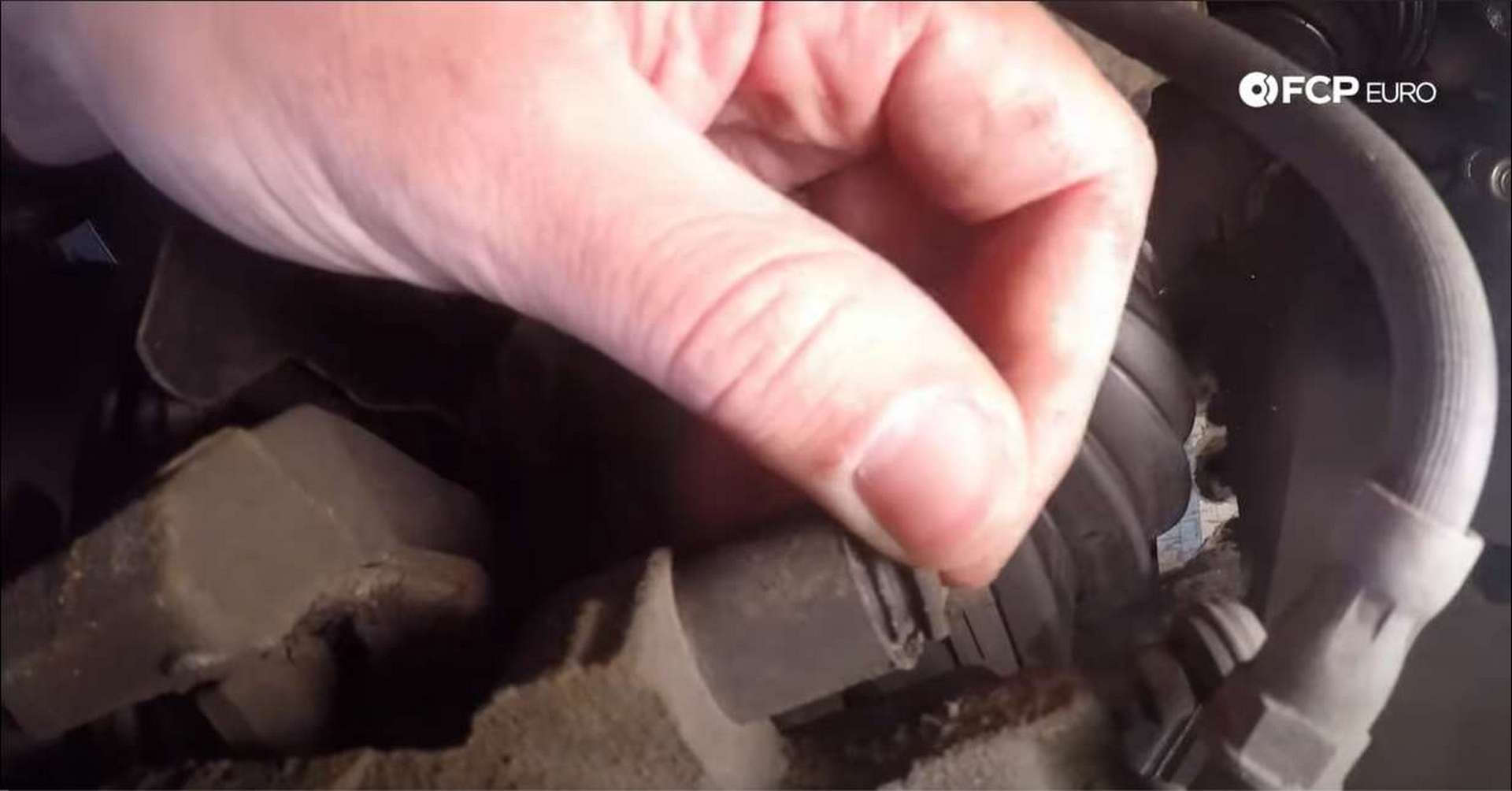 Volvo Front Brakes pin dust cap location