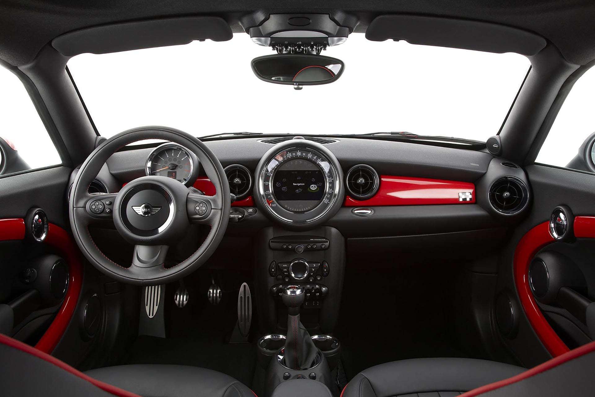 MINI Cooper John Cooper Works Coupe interior