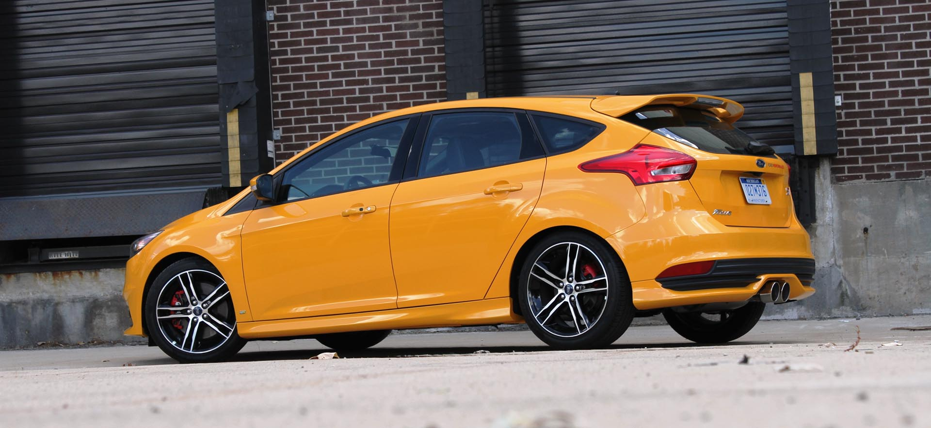08_Ford Focus ST Mountune Rear Yellow