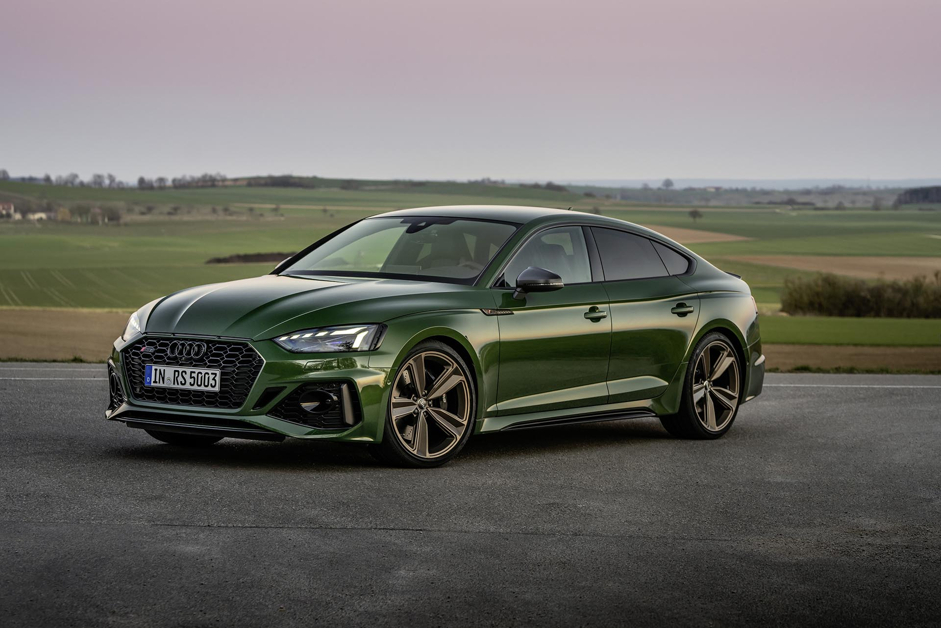 09_Audi RS5 Sportback Green front profile