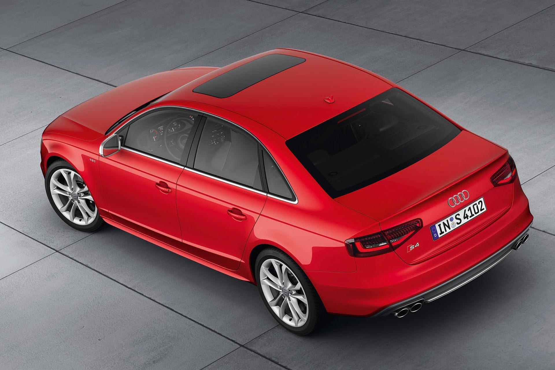 09_Audi B8.5 S4 upper rear