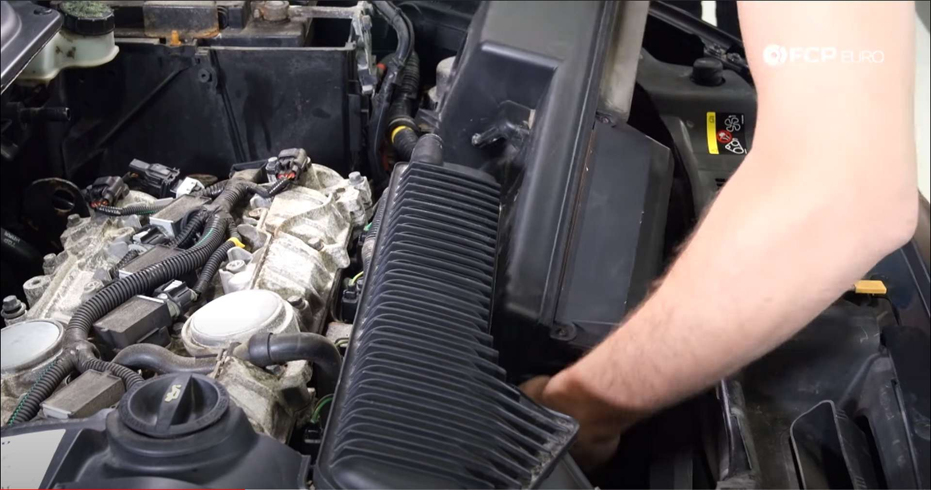 DIY Volvo PCV removing the airbox