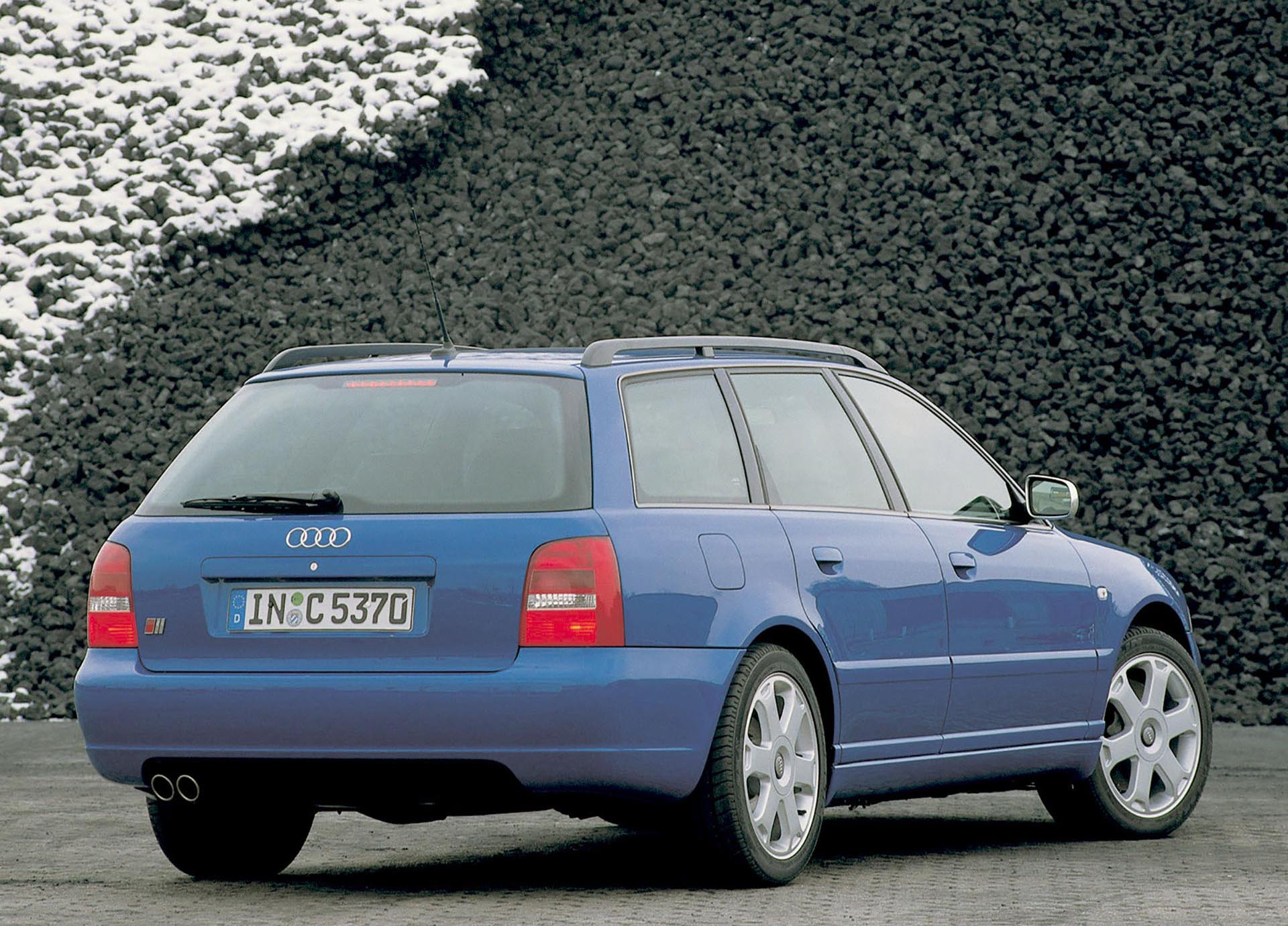03_B5 Audi S4 2.7t Avant Nogaro Blue rear