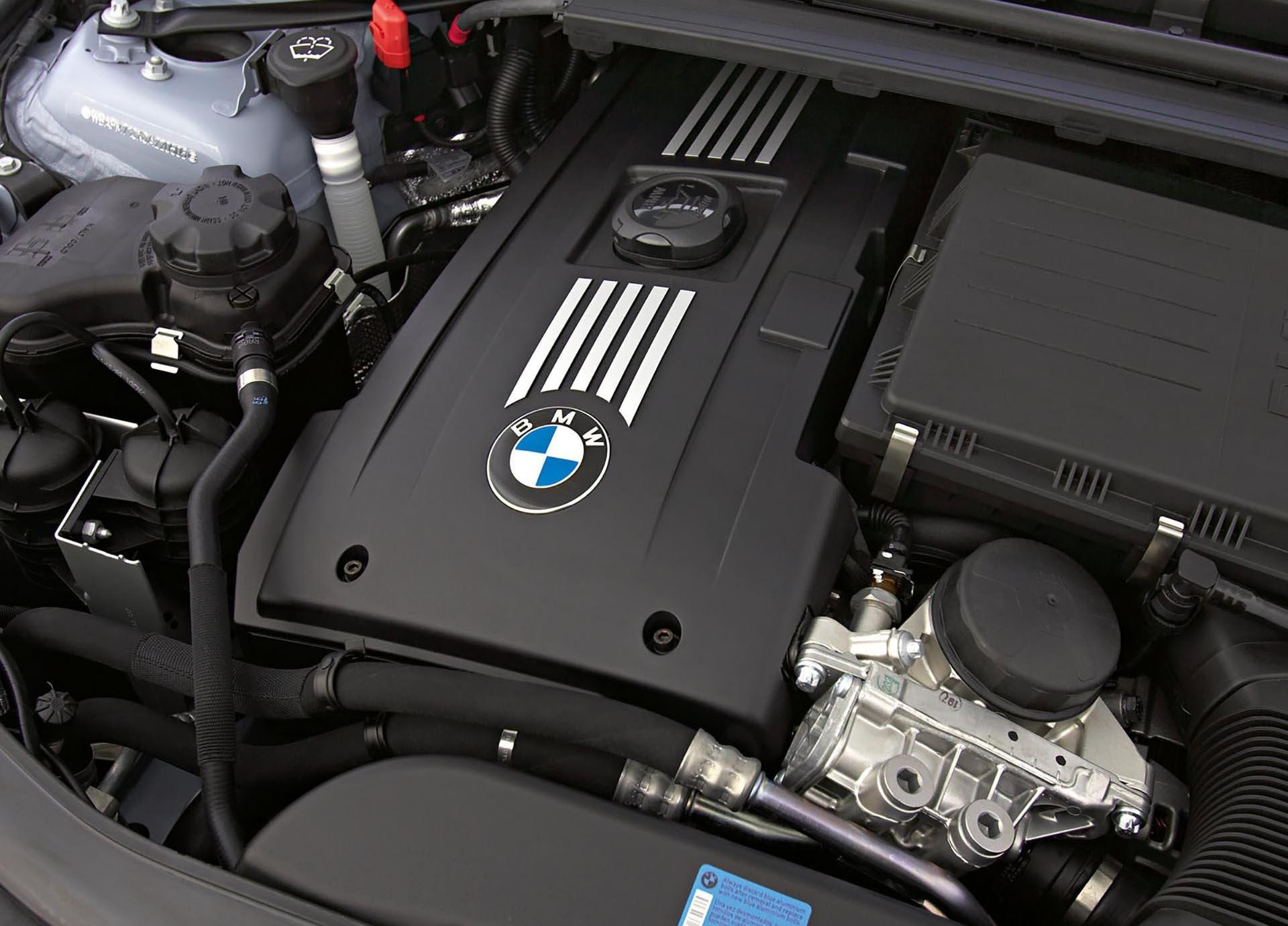 14_BMW_N54 engine bay