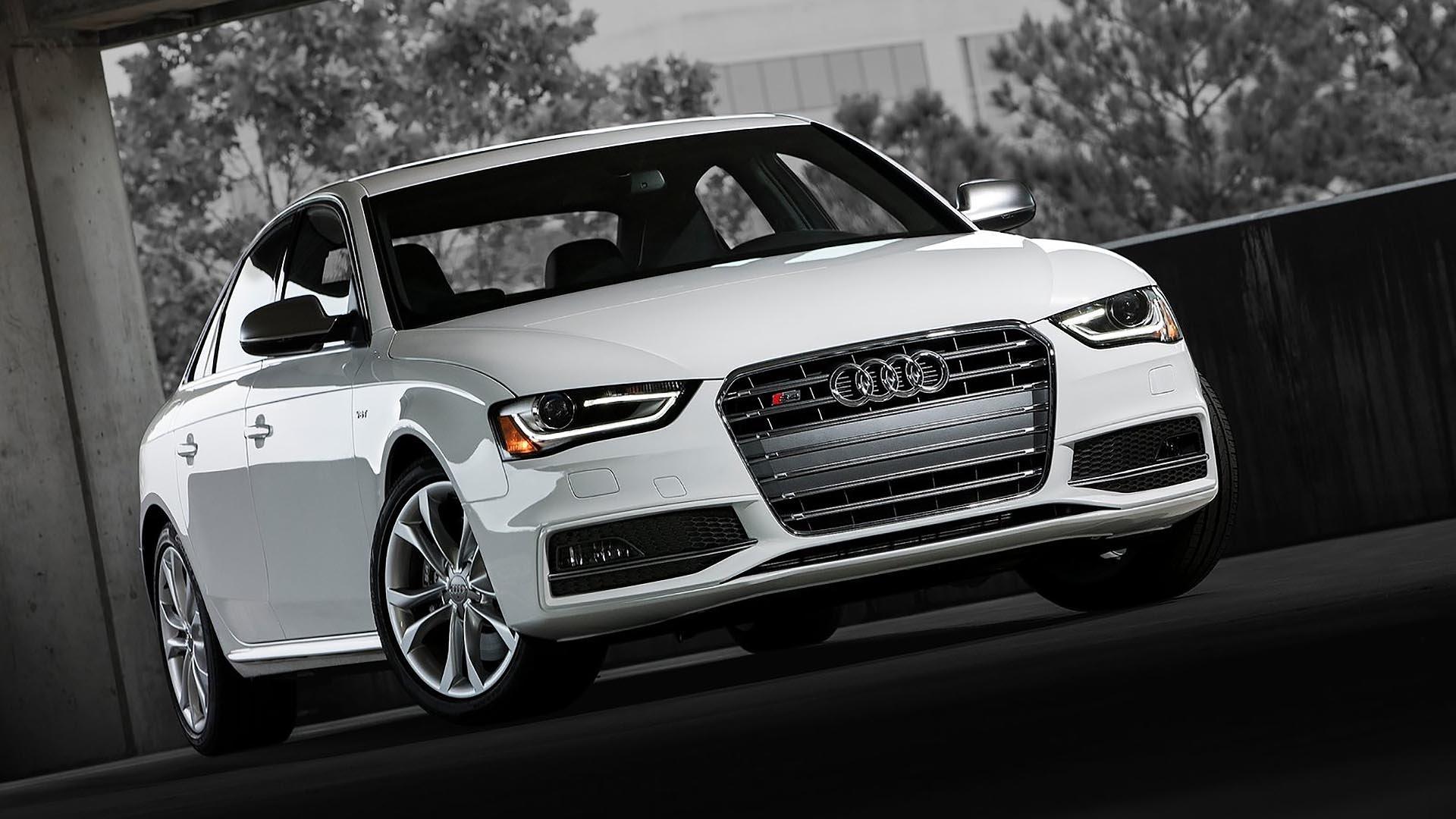 05_B8 Audi S4 front