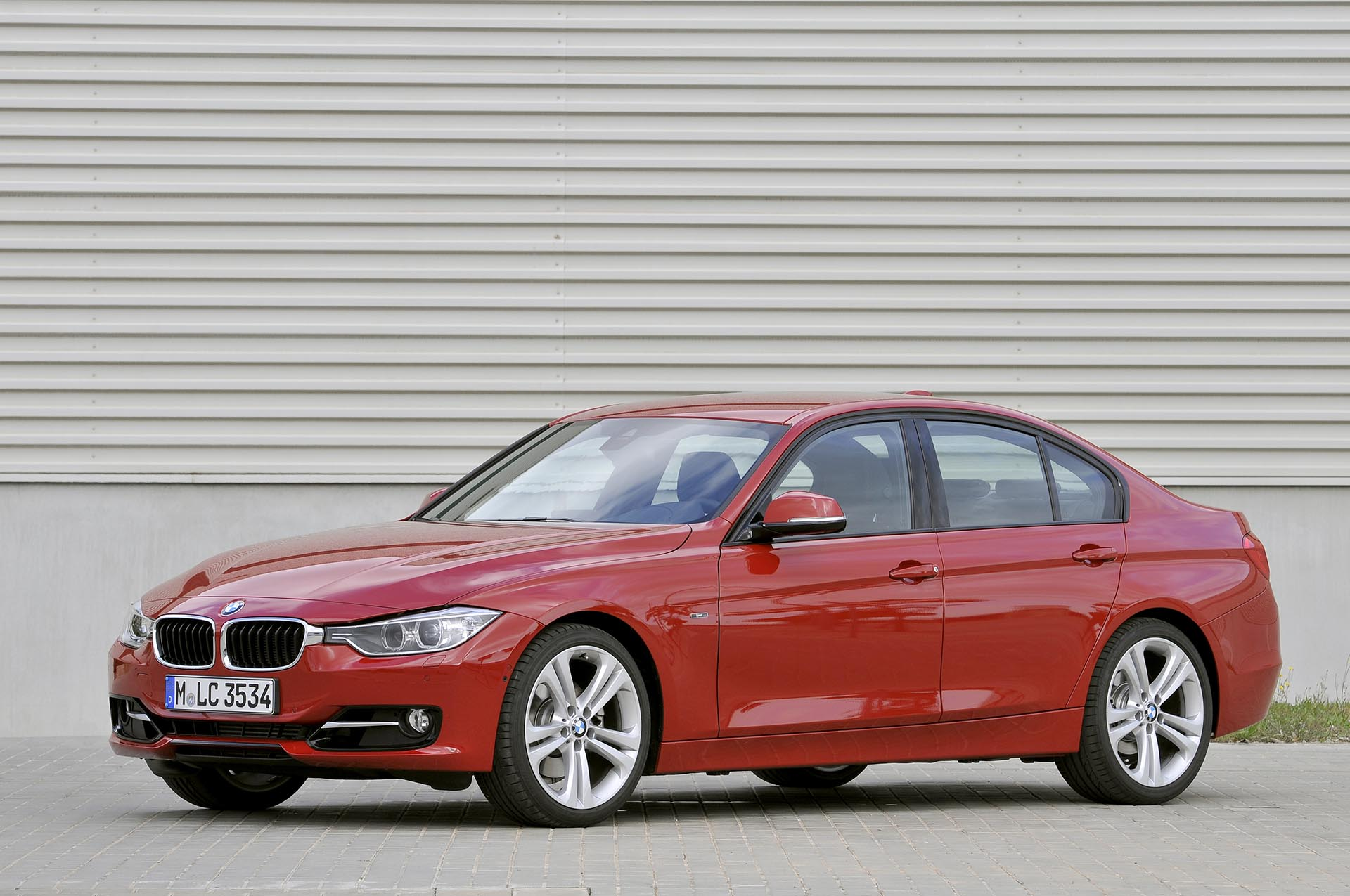 13bmw f30 328i xdrive front profile