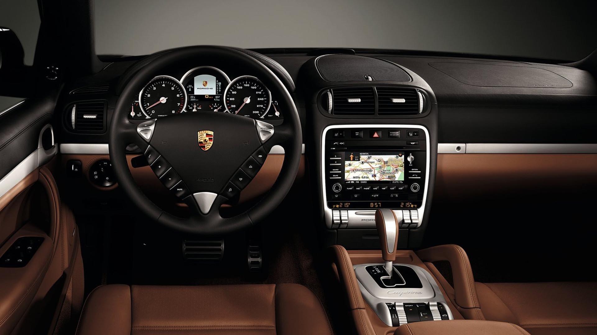 Porsche Cayenne Brown Interior