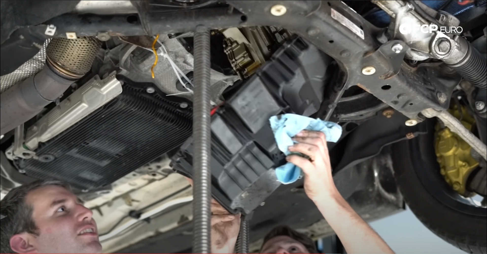 DIY BMW N20 Timing Chain removing the oil pan
