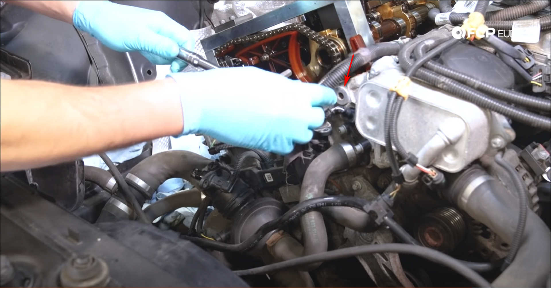 DIY BMW N20 Timing Chain removing the timing chain bolt plugs