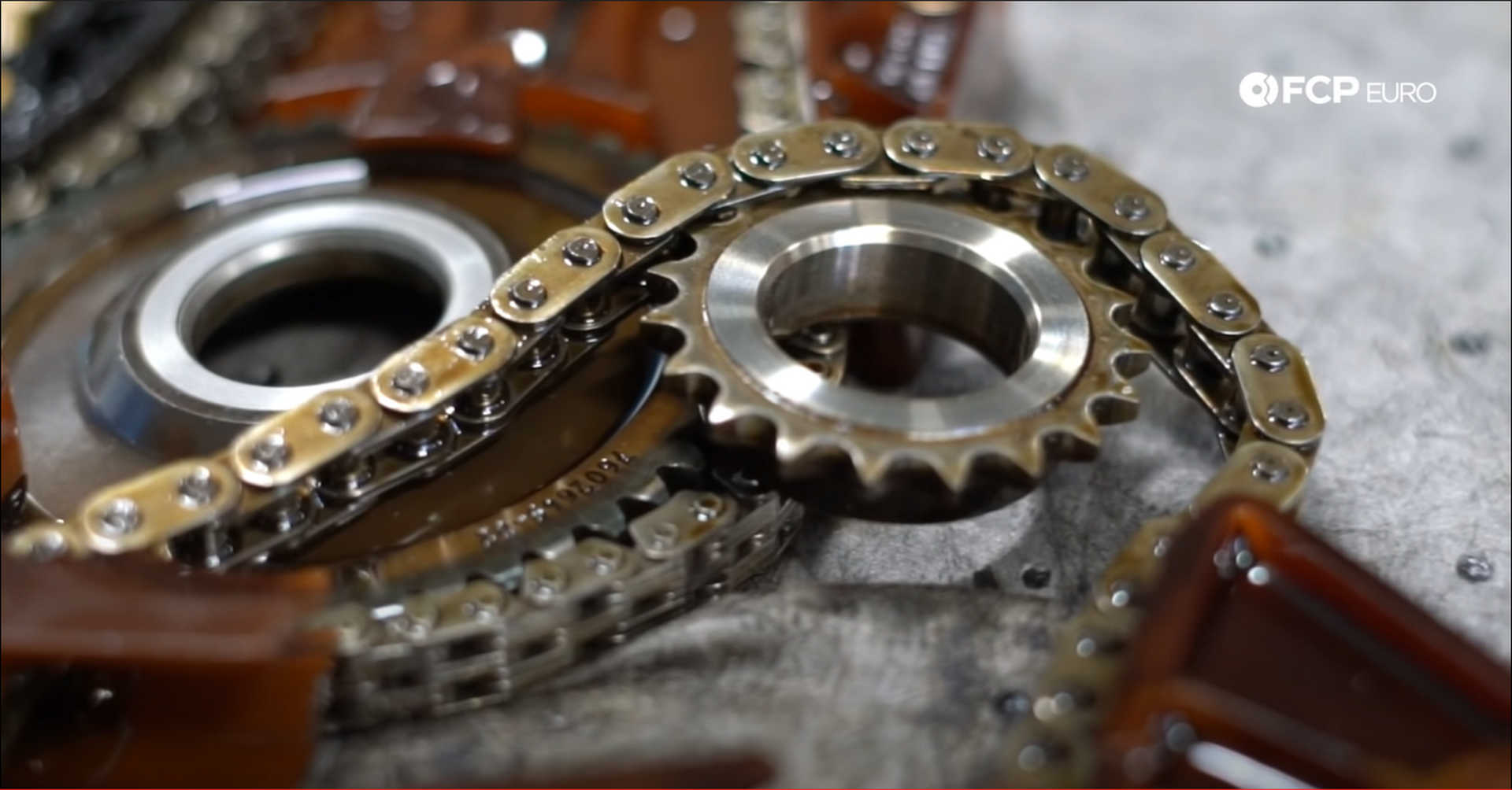 DIY BMW N20 Timing Chain old timing chain sprocket
