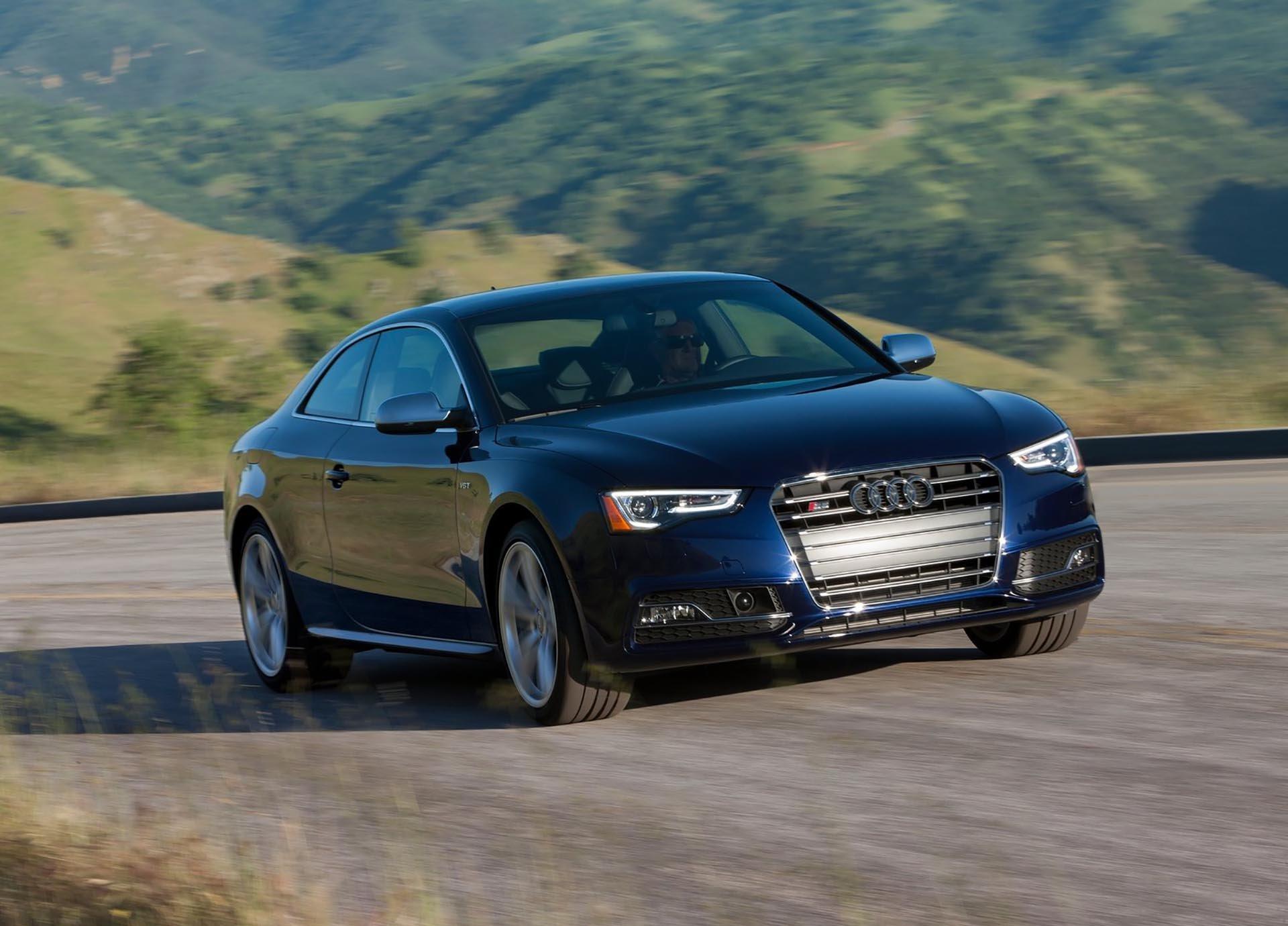 08_Audi S5 3.0t coupe front corner