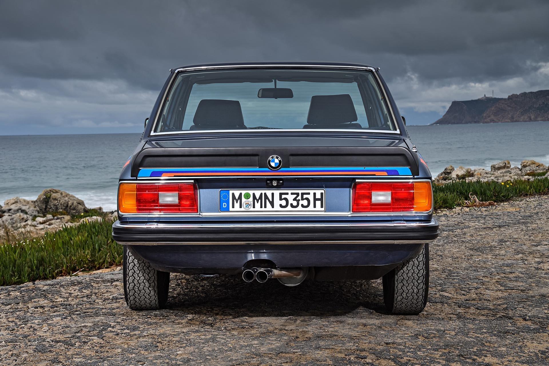06_BMW M535i rear