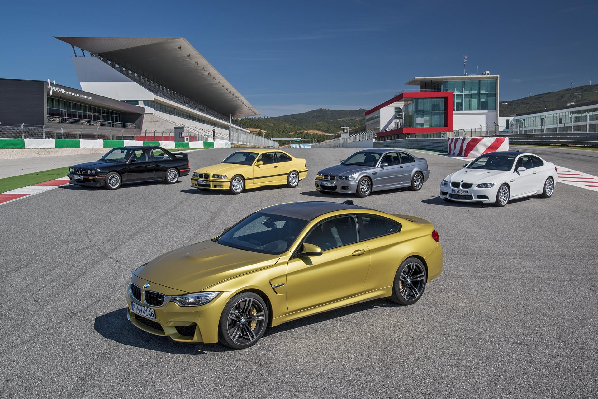 17_Group Shot of Classic BMW M3s