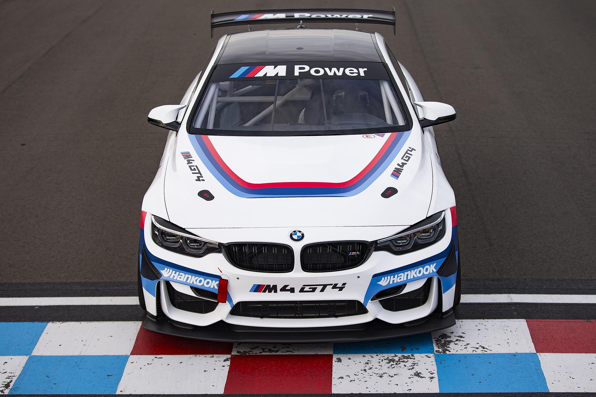 18_BMW M4 GT4 front factory livery